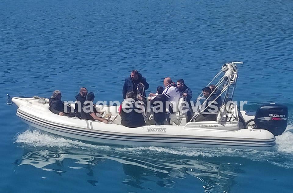 Σκιάθος: Ο Μπέος επιθεώρησε από σκάφος το νέο Nammos που χτίζεται στον Τσουγκριά – Το μεγαλεπήβολο σχέδιο