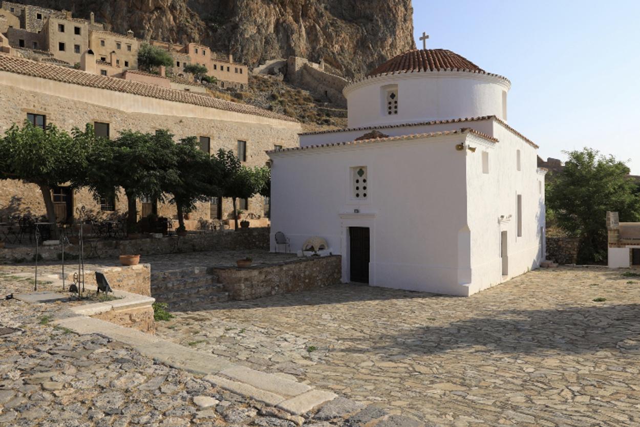 Παναγία Χρυσαφίτισσα: Η εκκλησία με την μοναδική θέα και η ιδιαίτερη ιστορία της εικόνας