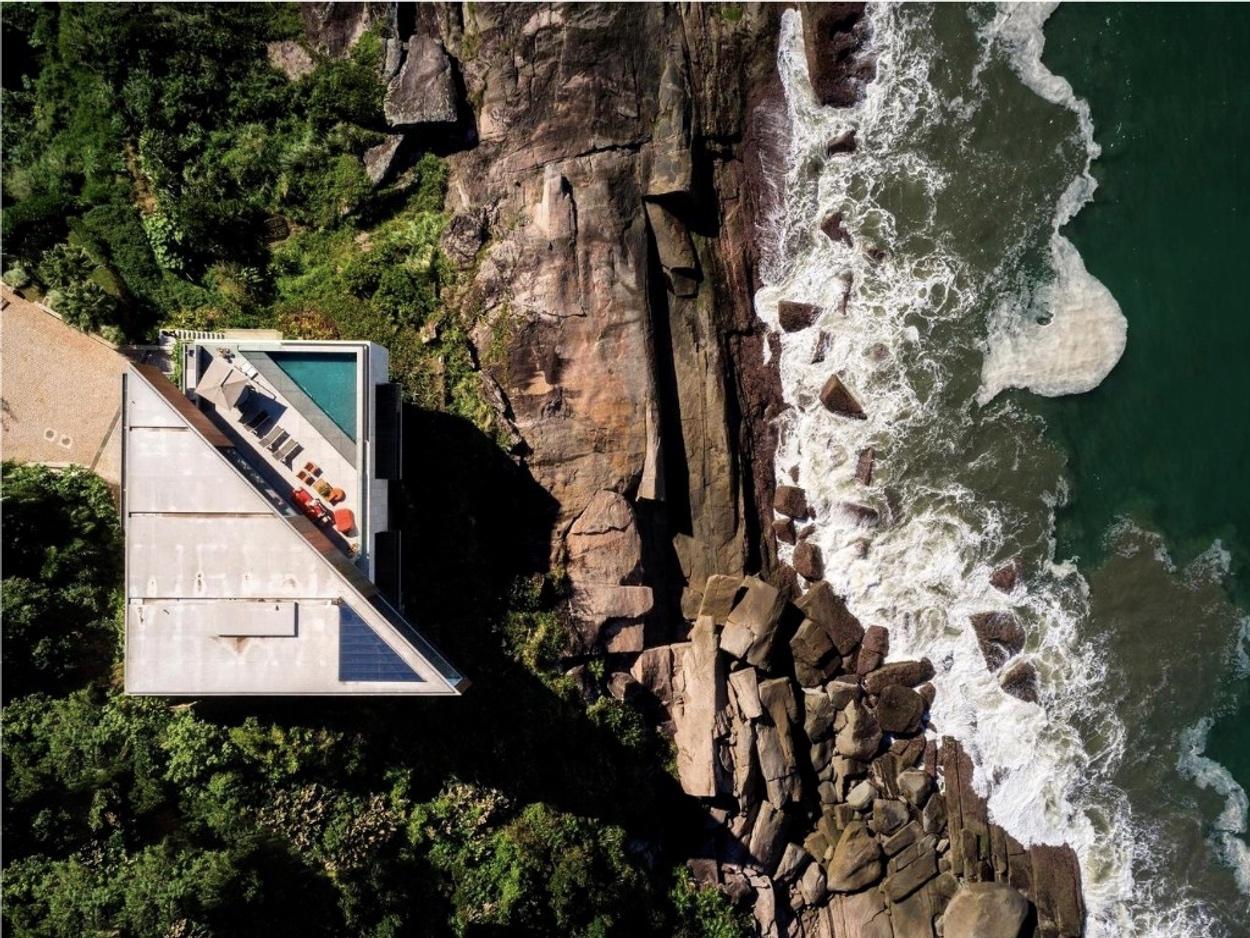 Μια ζεν παραθαλάσσια κατοικία στο Σάο Πάολο για αξέχαστες διακοπές