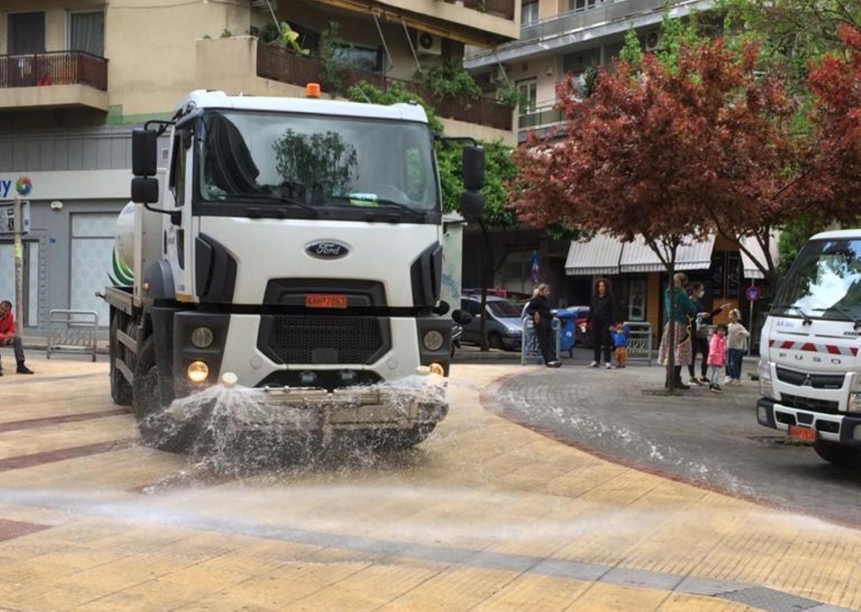 Επιχείρηση καθαριότητας στην Κυψέλη από το Δήμο Αθηναίων