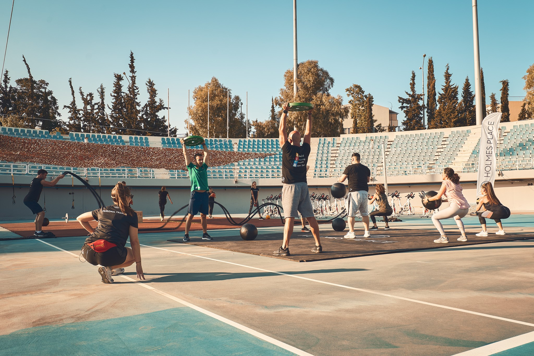 7 στους 10 Έλληνες επιθυμούν την επαναλειτουργία των χώρων προπόνησης – Έρευνα της Holmes Place Greece