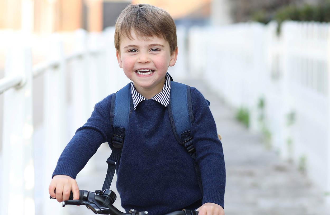 Ο Πρίγκιπας Λούις έγινε τριών και πήγε και σχολείο