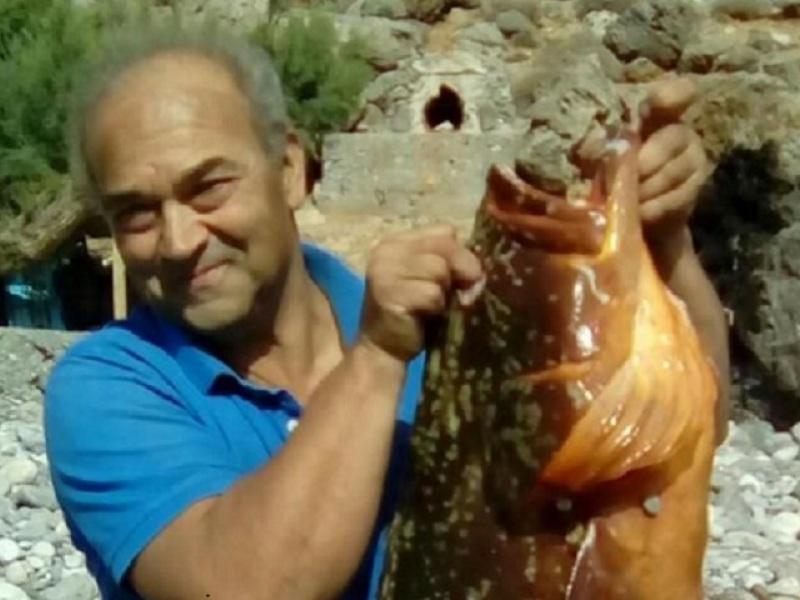 Κρήτη: Σπαραγμός για τον θάνατο ψαροντουφεκά στη Σητεία – «Μπαμπά μου γιατί;»