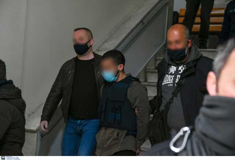 Εισαγγελική εντολή έρευνας για το διπλό φονικό της Μακρινίτσας: Γιατί κυκλοφορούσε ελεύθερος ο 32χρονος κατηγορούμενος;