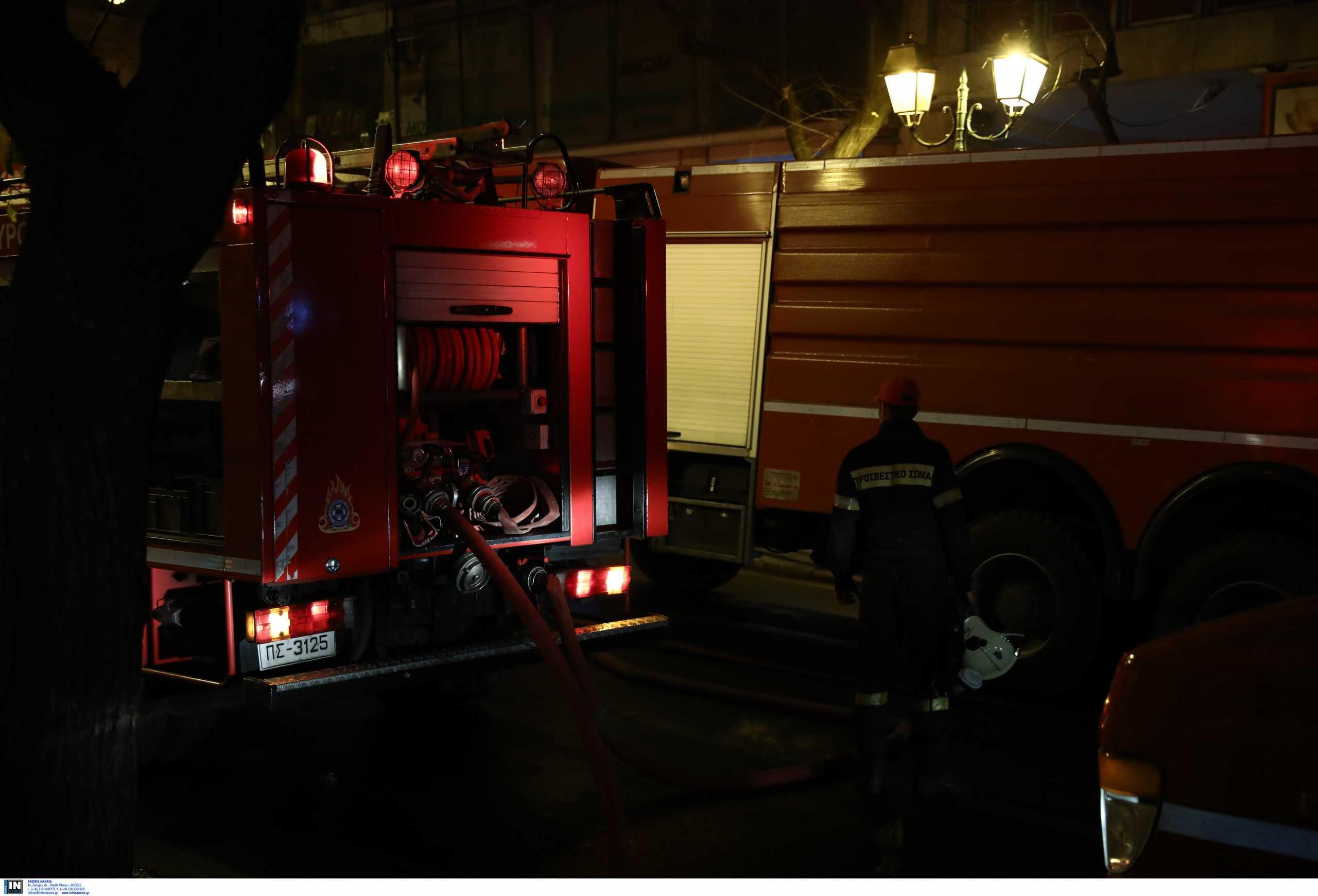 Φωτιά σε κτίριο στο Μεταξουργείο