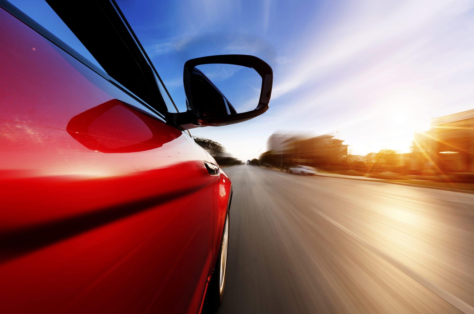 Πόσο επικίνδυνο είναι τελικά το κόκκινο χρώμα στα αυτοκίνητα;