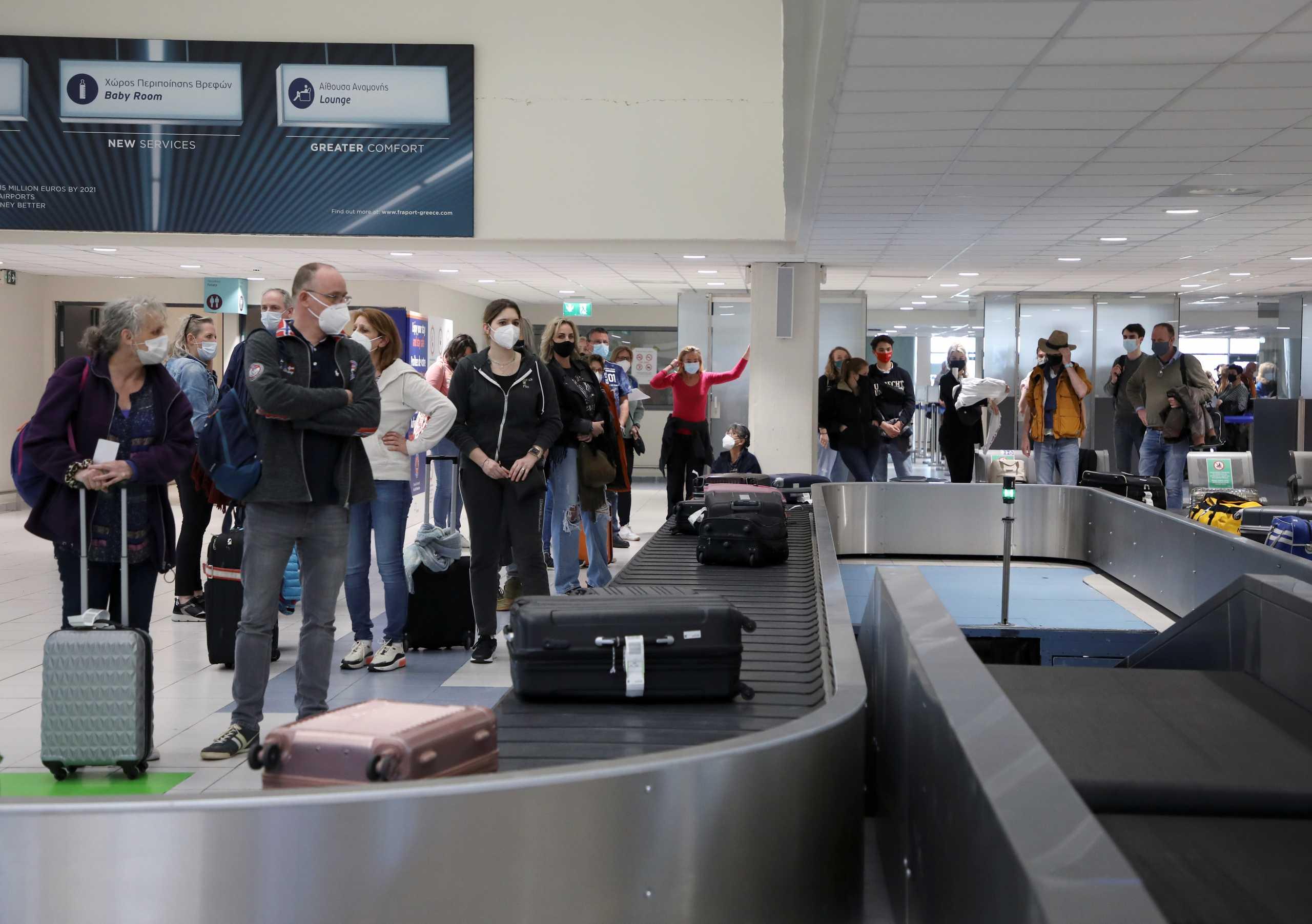 Ανοίγει σήμερα πειραματικά ο τουρισμός: θα έρθουν ταξιδιώτες από ΕΕ και πέντε άλλες χώρες