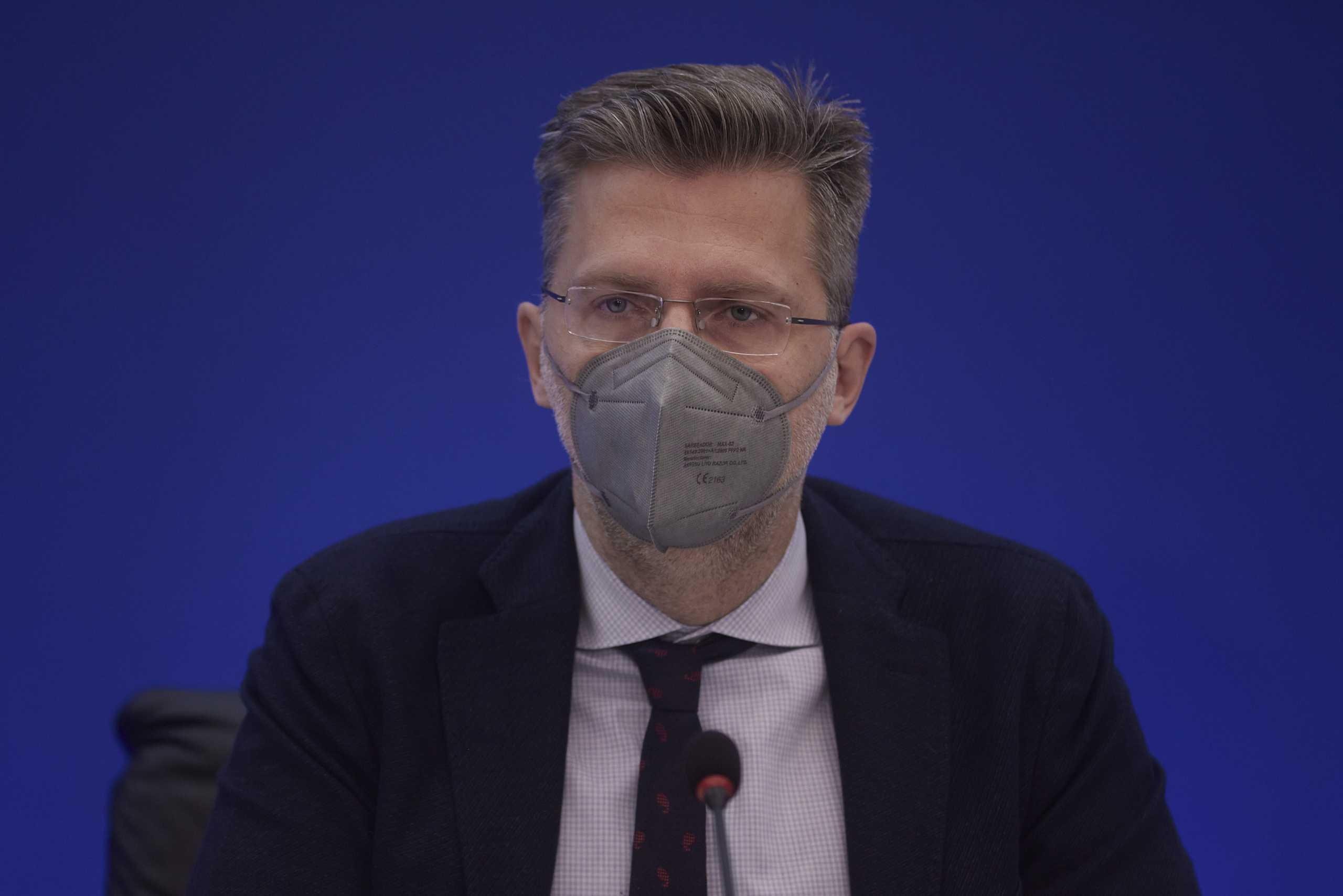 Κορονοϊός – Άκης Σκέρτσος: Το εμβόλιο σώζει ζωές, κλείστε ραντεβού