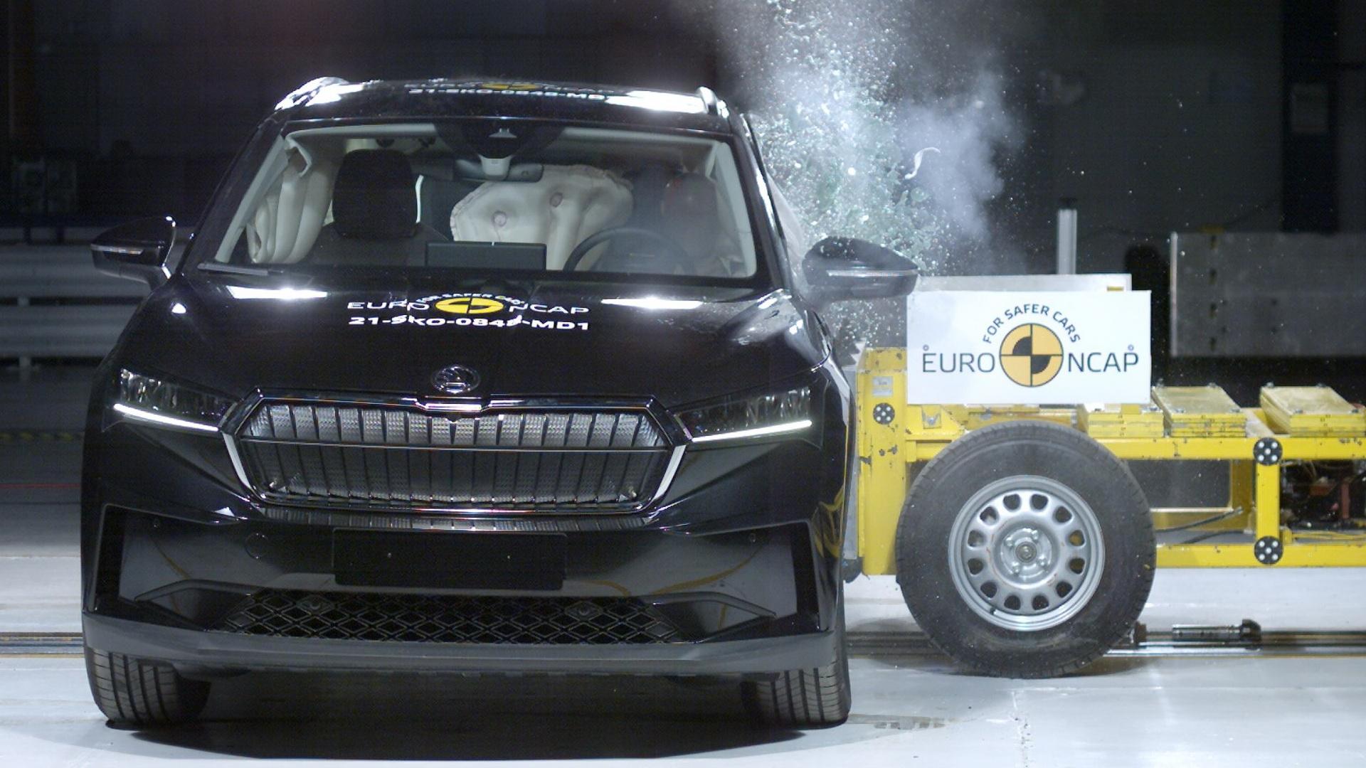 Πόσο ασφαλή είναι τα ηλεκτρικά Skoda ENYAQ iV και VW ID.4 σύμφωνα με τον Euro NCAP; (video)