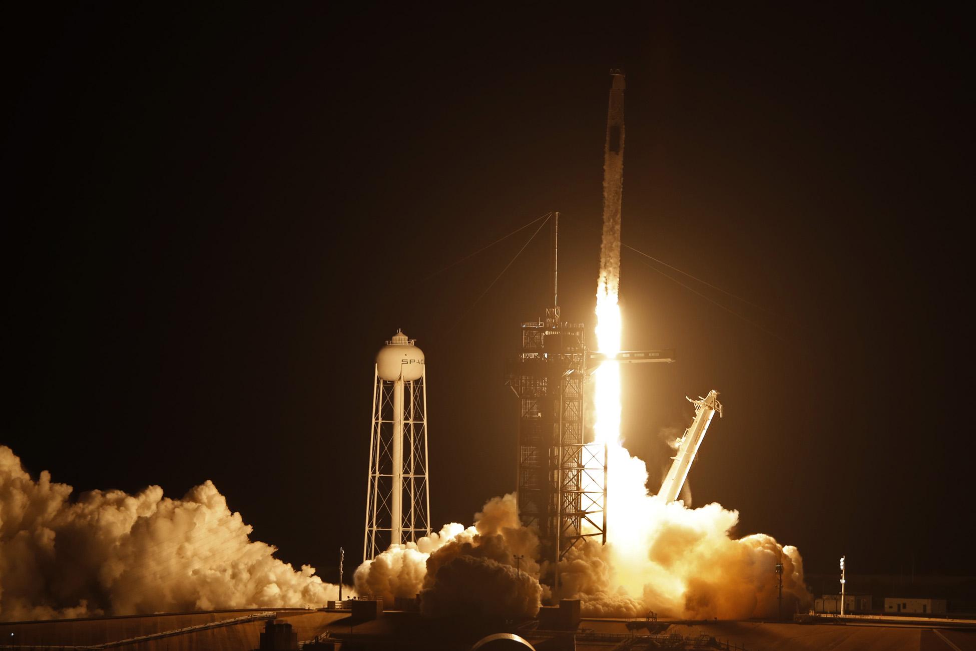 SpaceX: Ξεκίνησε το ταξίδι του για τον Διεθνή Διαστημικό Σταθμό