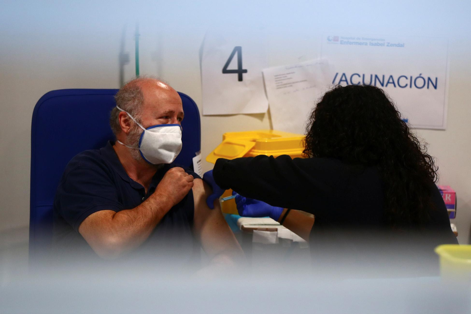Ισπανία: Στόχος ο εμβολιασμός 25 εκατομμυρίων πολιτών μέχρι τα τέλη Ιουνίου