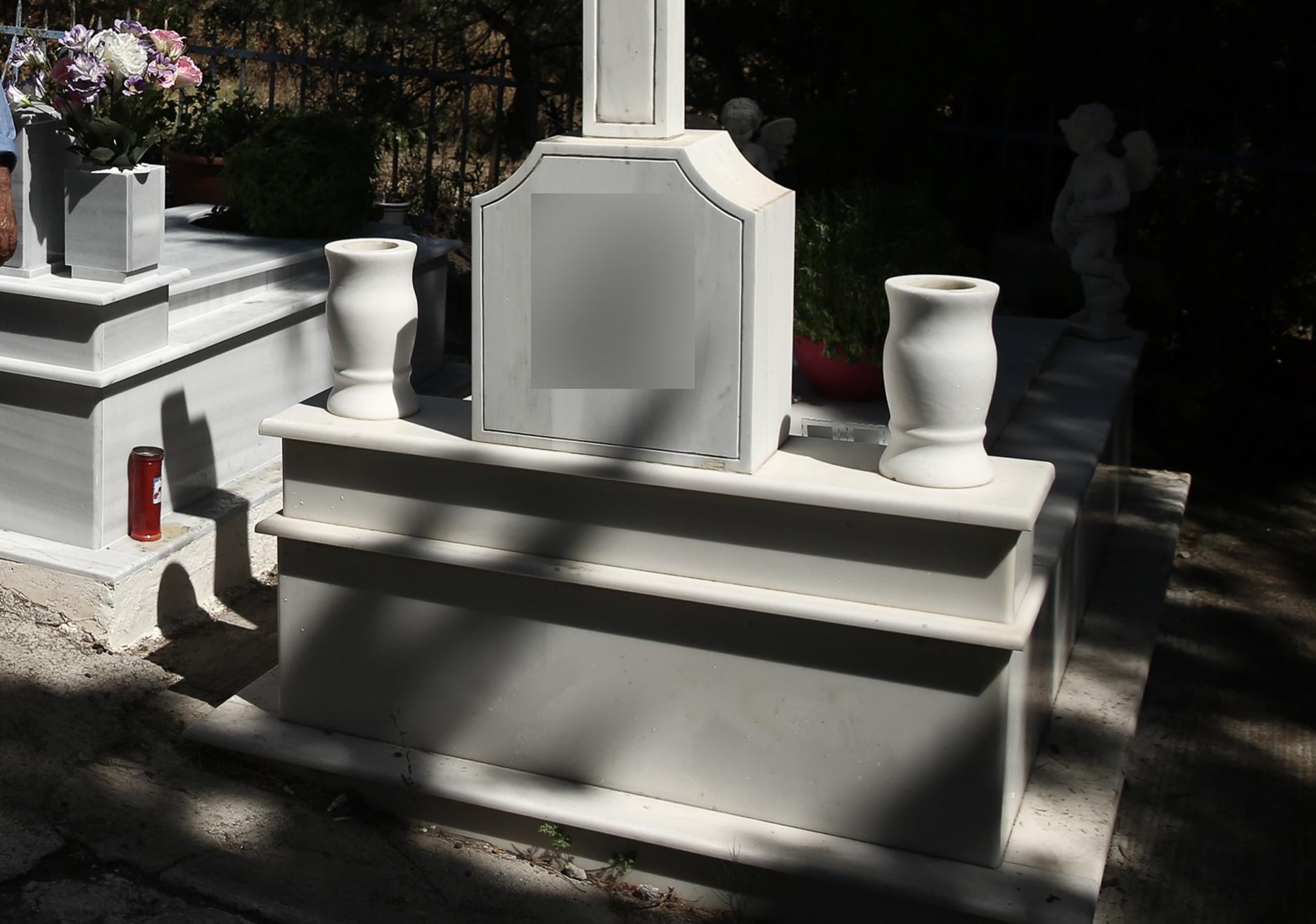 Μεγάλη εβδομάδα ξήλωσαν 45 καντήλια και θυμιατά από τάφους στη Θεσσαλονίκη