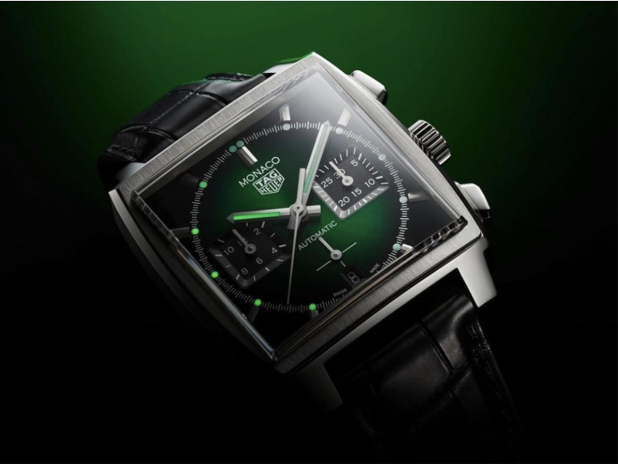 Ένα από τα πιο όμορφα πράσινα ρολόγια που είδαμε το 2021