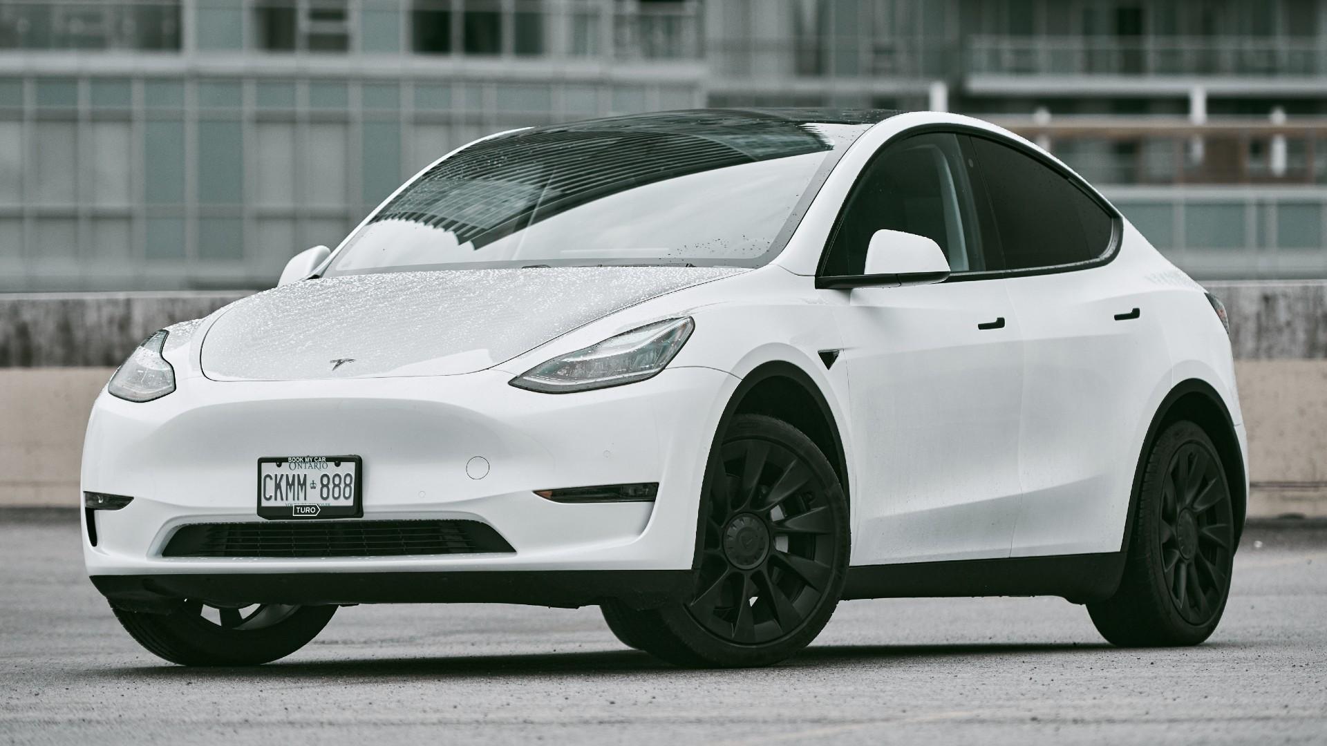 H Tesla λέει ότι το Model Y θα είναι το επόμενο παγκόσμιο best seller