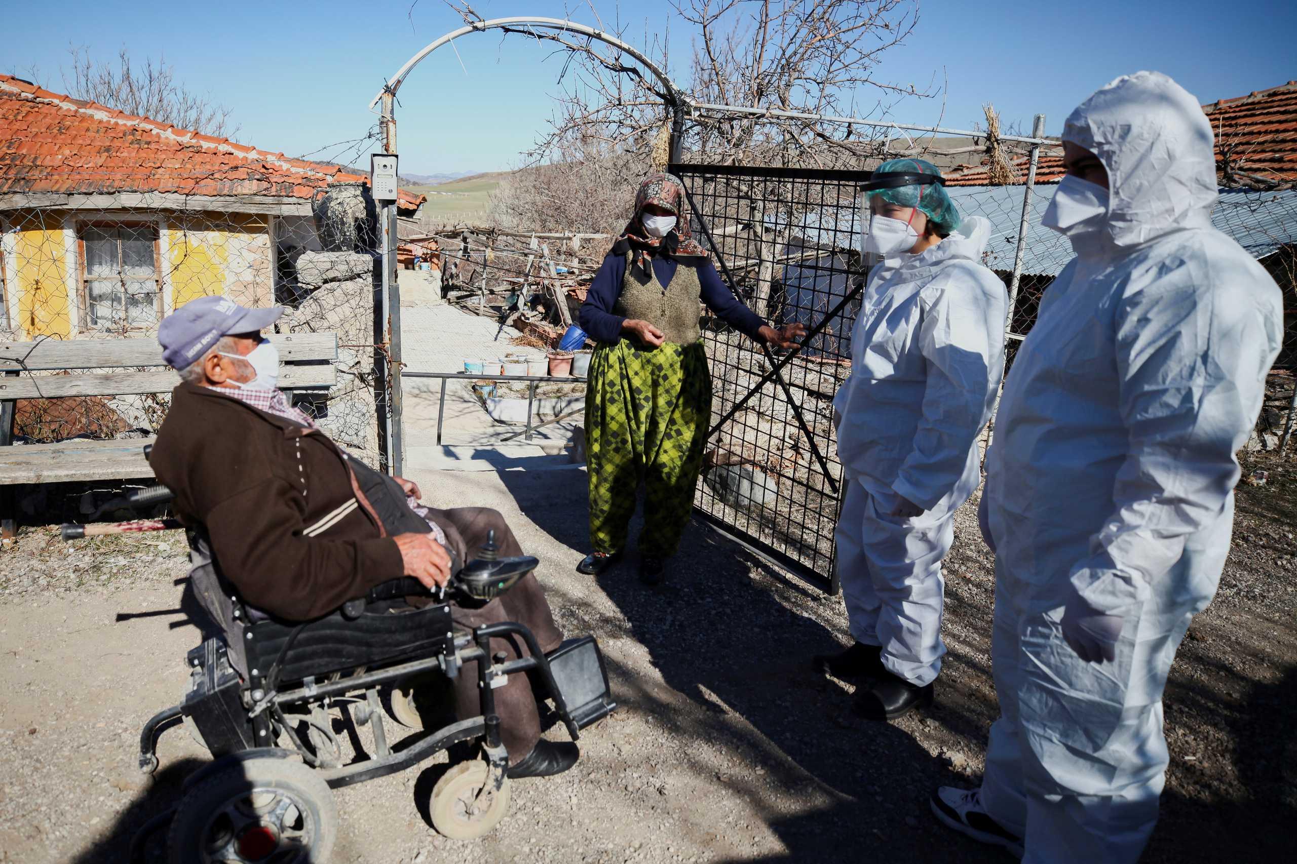Τουρκία: Ρεκόρ με πάνω από 63.000 νέα κρούσματα κορονοϊού – 289 νεκροί το τελευταίο 24ωρο