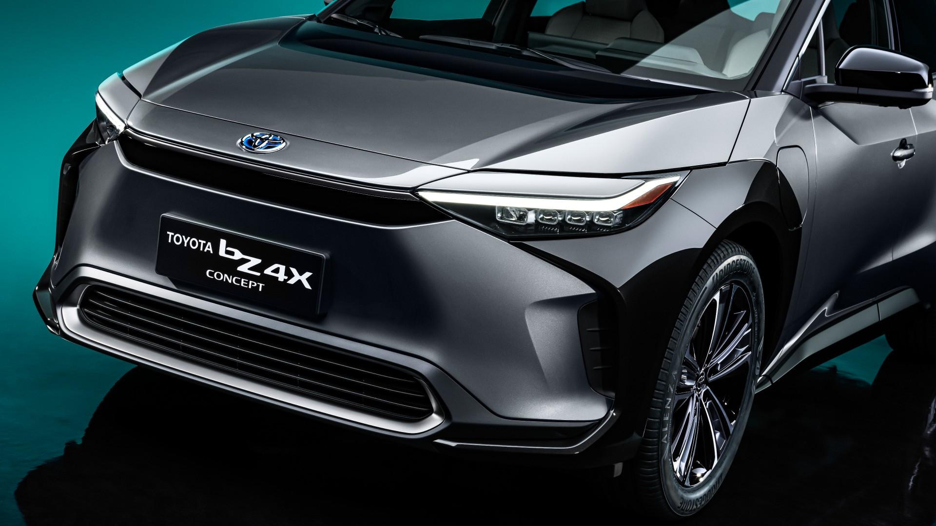 Αυτό είναι το πρώτο ηλεκτρικό SUV της Toyota (video)