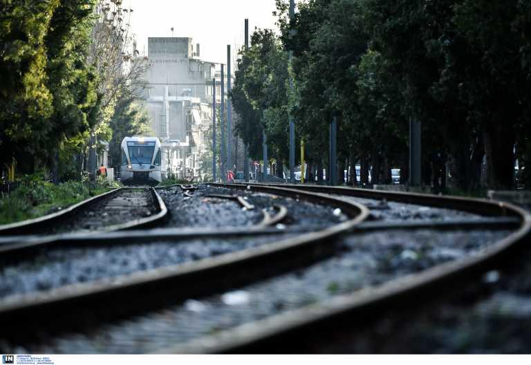 Ο σιδηροδρομικός σταθμός της Αθήνας που κάποτε ήταν σε μια απέραντη έκταση με χωράφια