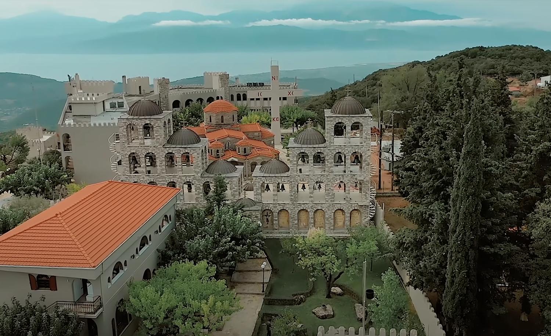 Το μεγαλύτερο καμπαναριό της Ελλάδας, ακούγεται ακόμη και στα 100 χλμ