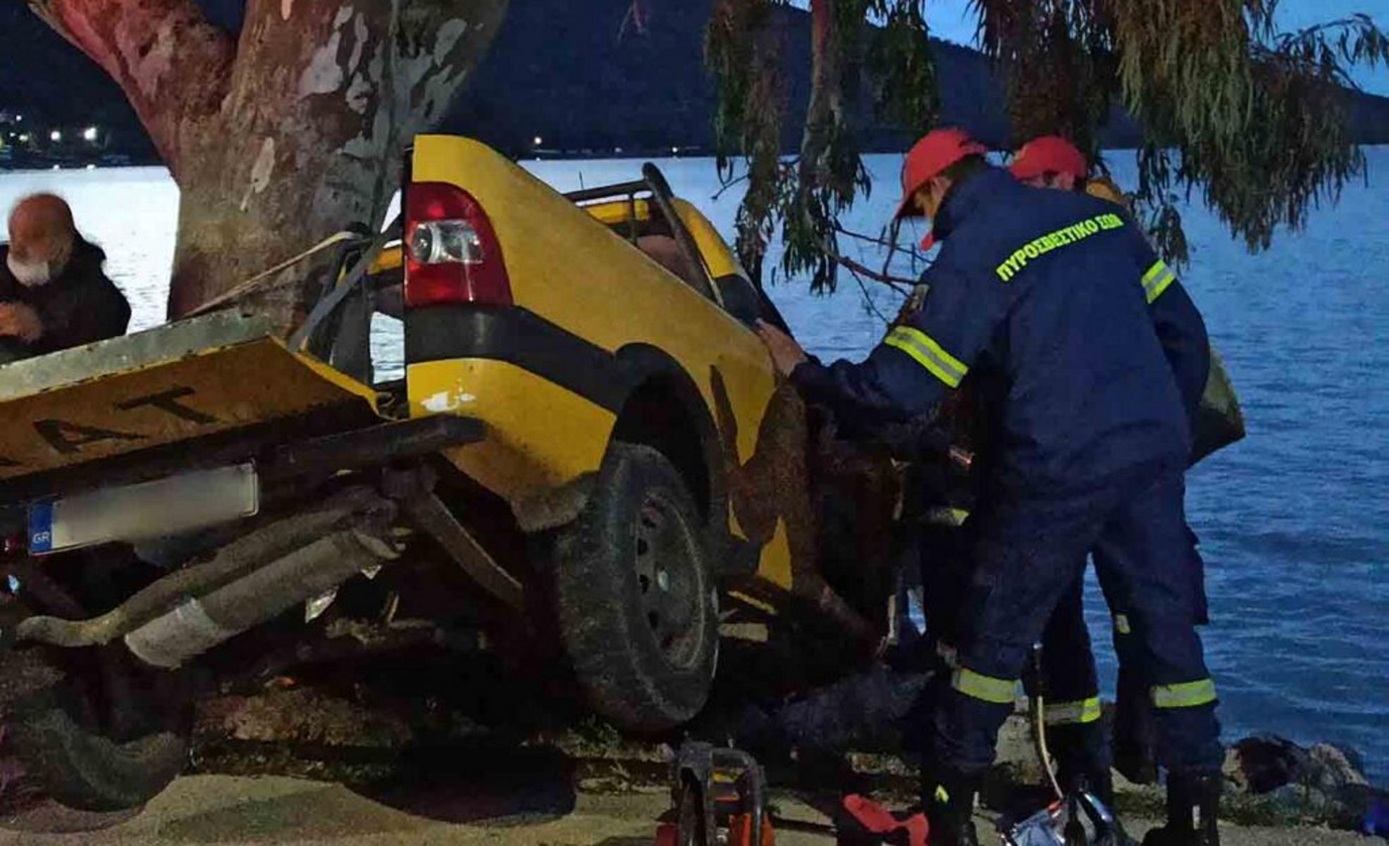 Αμφιλοχία: Αυτοκίνητο «καρφώθηκε» σε δέντρο – Νεκρός ο οδηγός (pics)