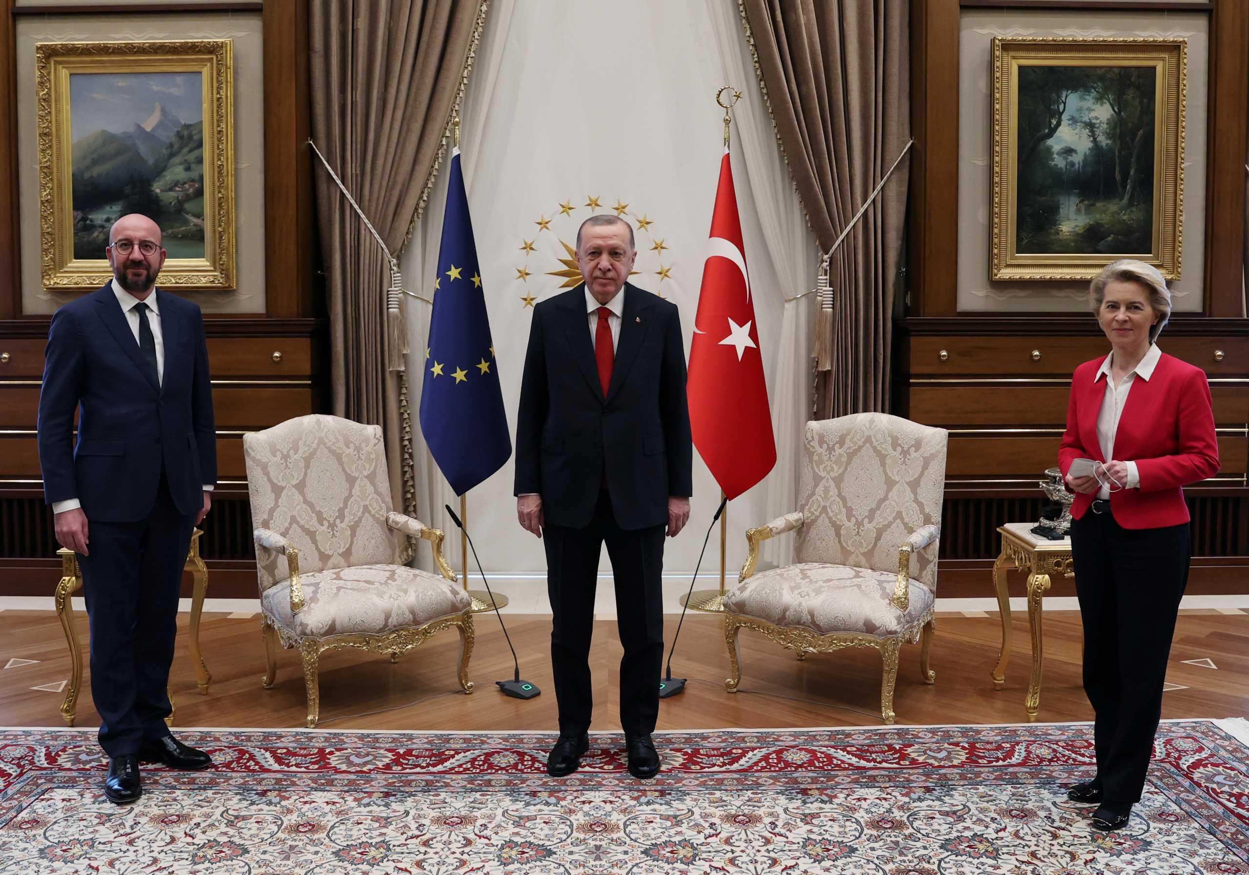 Γεωργιάδης για «sofagate»: Ο Ερντογάν χρησιμοποίησε το πρωτόκολλο για να ξεφτιλίσει τις ιδέες της ΕΕ