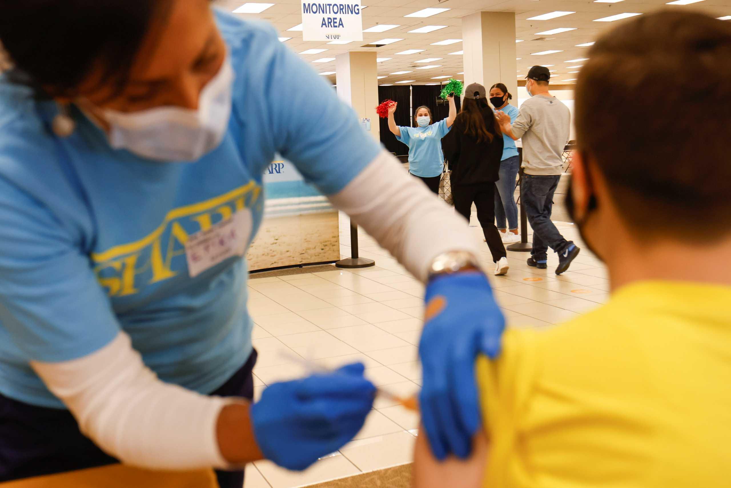 ΗΠΑ: Έφτασαν τα 337,74 εκατ. οι δόσεις εμβολίων που έχουν γίνει στη χώρα