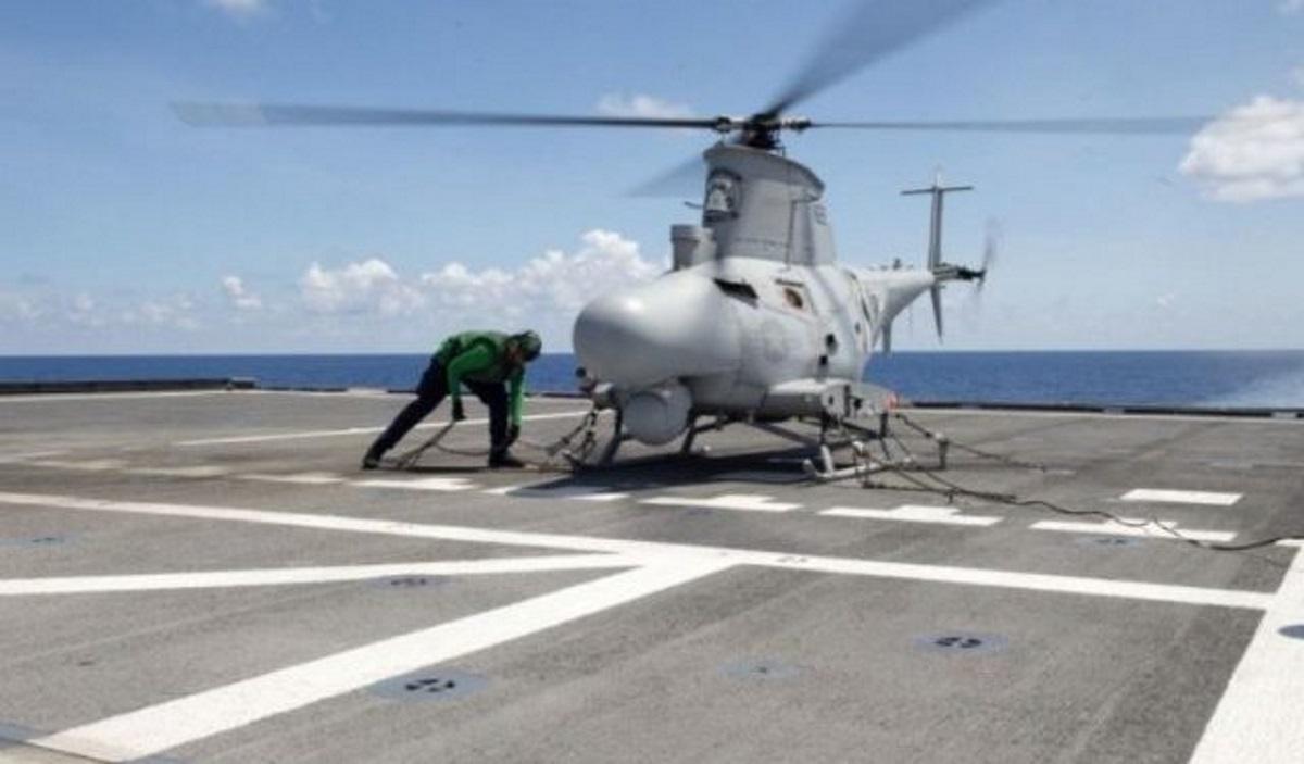 Απίστευτη απώλεια των ΗΠΑ: Drone συνετρίβη πάνω σε πολεμικό πλοίο και μετά βυθίστηκε! (pic)