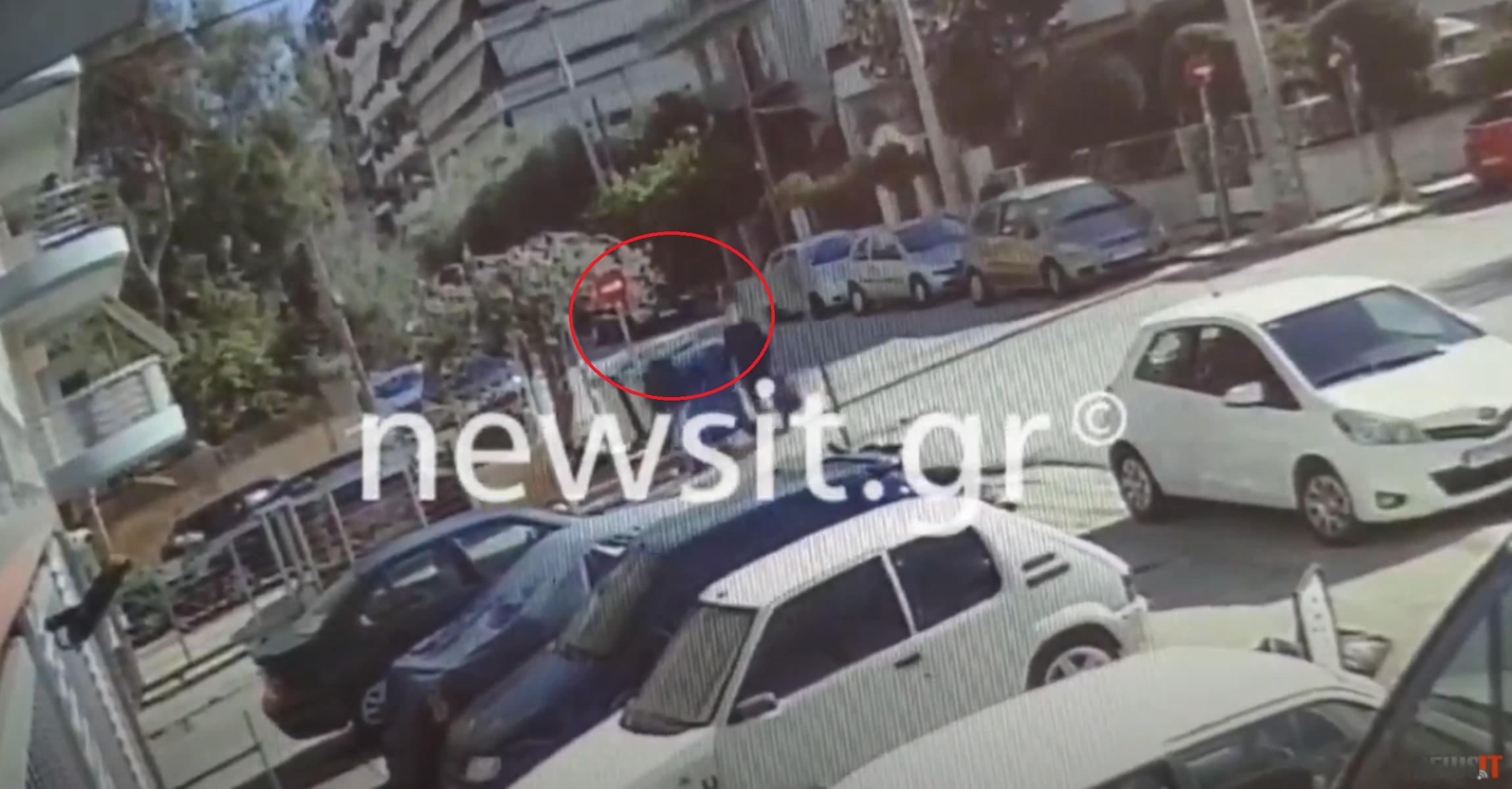 Video ντοκουμέντα: Έτσι χτυπούσε η συμμορία με τον αρχηγό «φάντασμα» που είχε αλλάξει τα δακτυλικά του αποτυπώματα