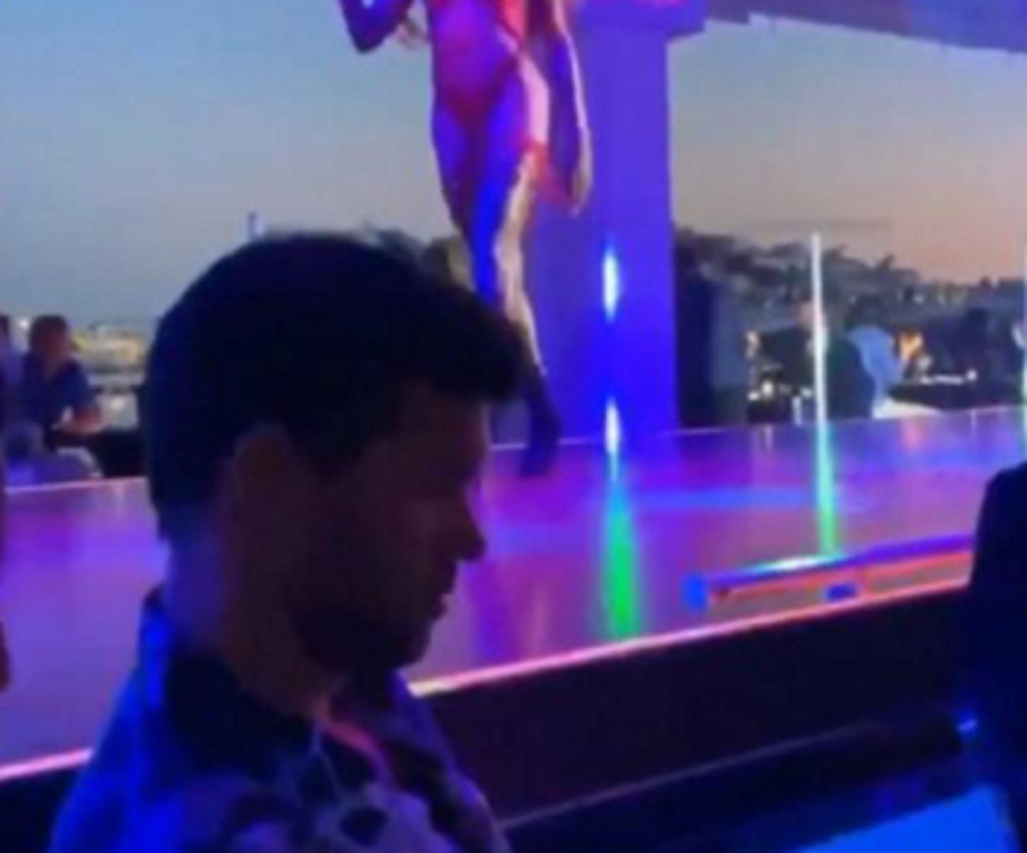 Ο Μπάλακ είδε τελικό Champions League μέσα σε στριπ κλαμπ αγνοώντας τις χορεύτριες