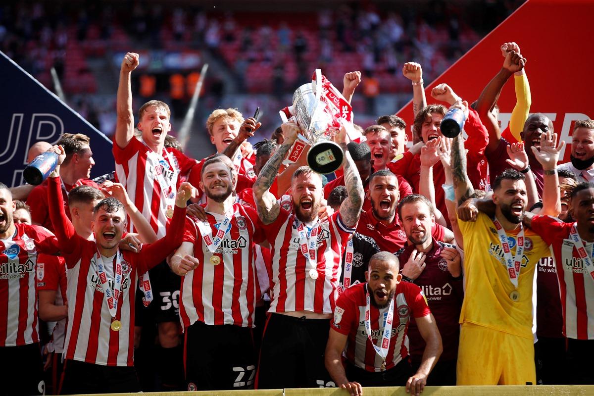 Η Μπρέντφορντ πήρε «χρυσή» άνοδο στην Premier League μετά από 74 χρόνια