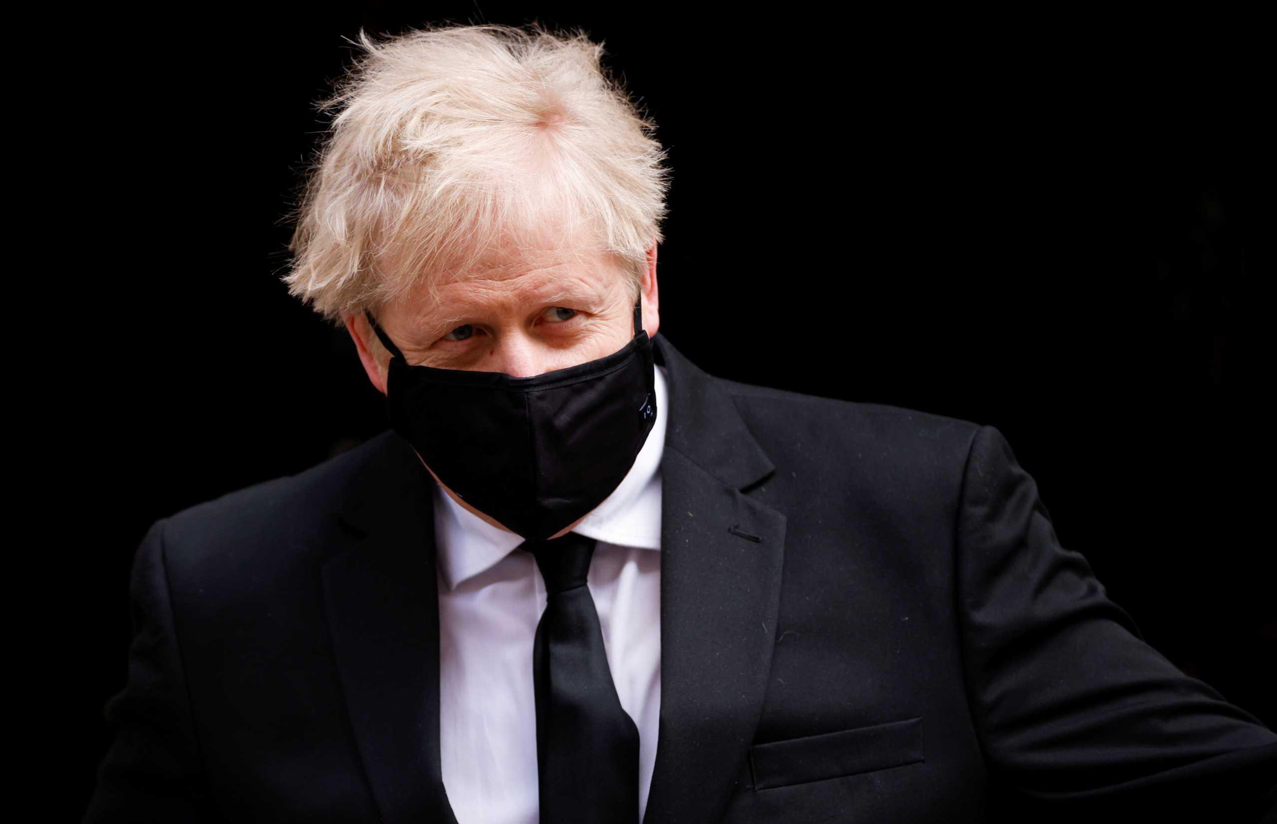Βρετανία: Σε πλήρη καραντίνα τελικά ο Μπόρις Τζόνσον