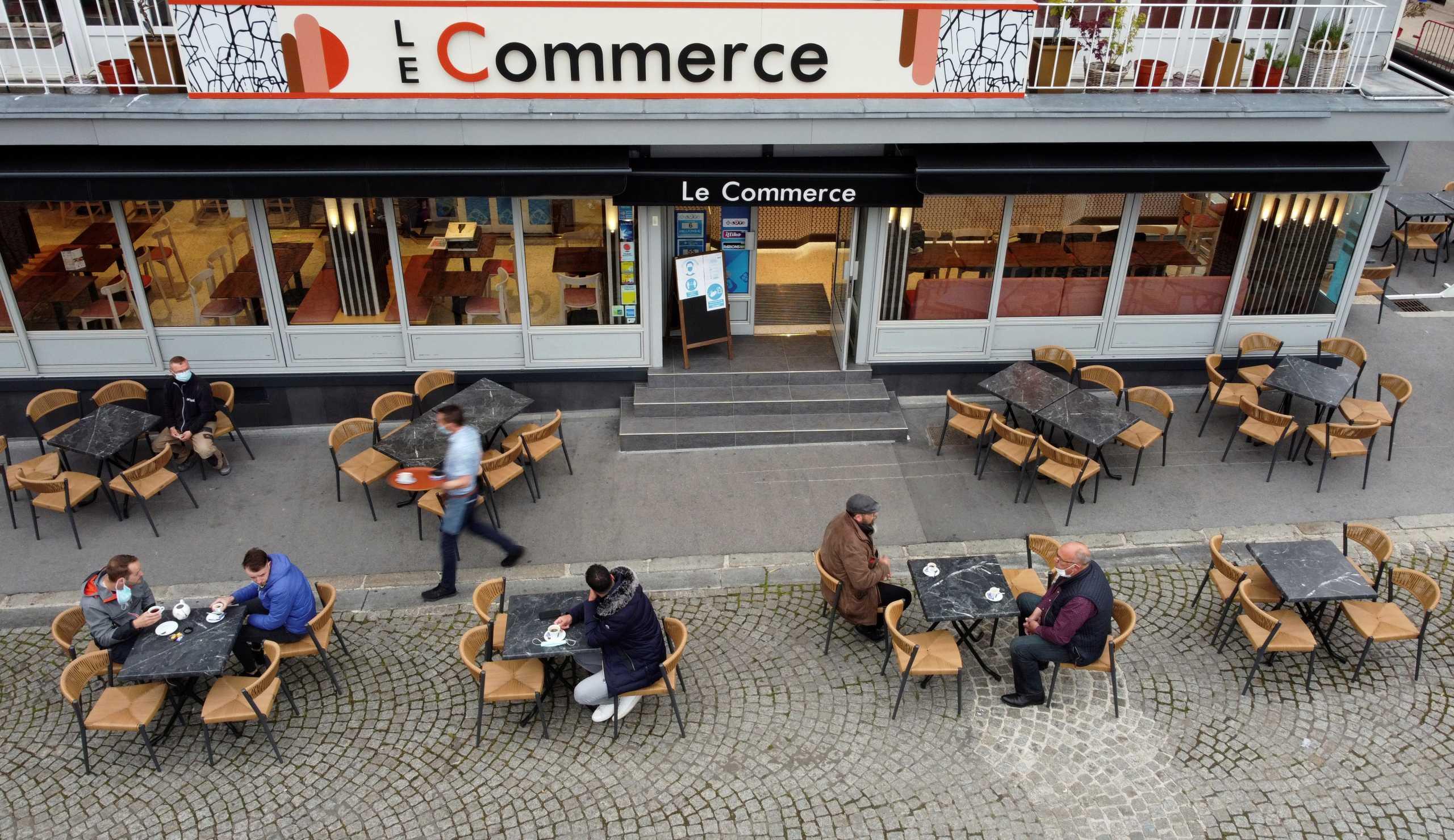 Γαλλία: «Ανησυχητική» παραλλαγή του κορονοϊού σε συνοικία του Μπορντό