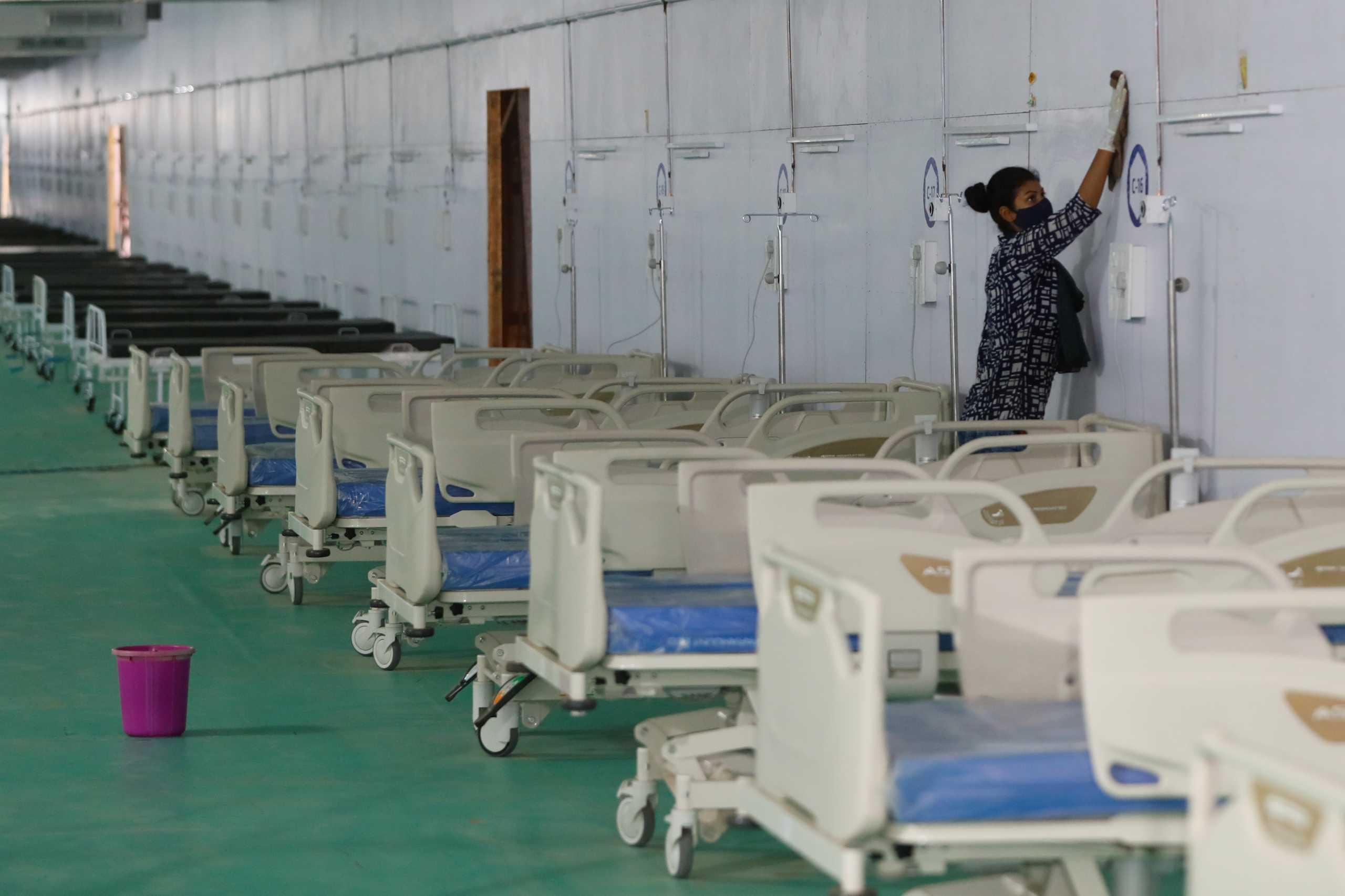 Ινδία: Σχεδόν 1.000 γιατροί και νοσηλευτές έχουν πεθάνει από κορονοϊό