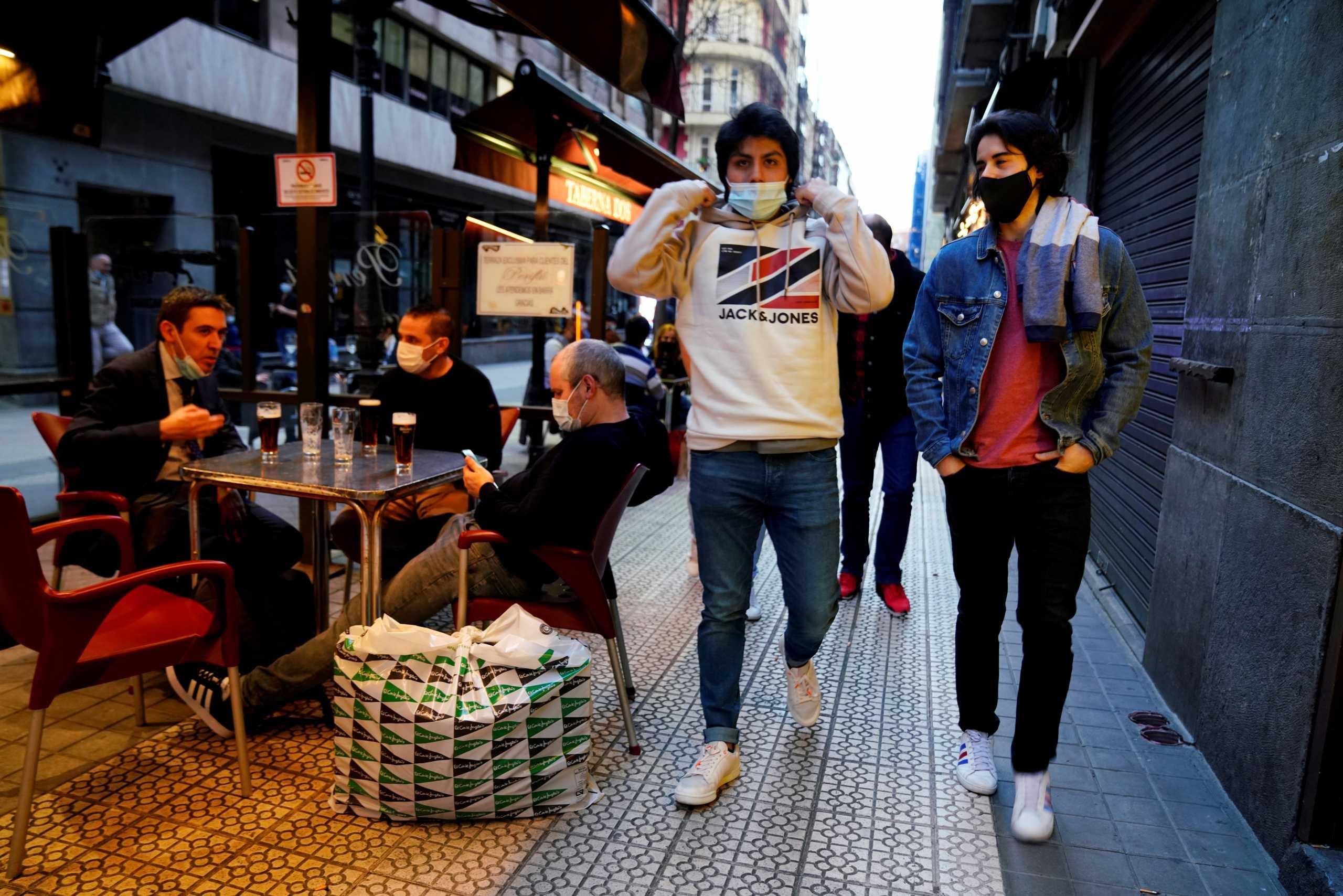 Ισπανία – κορονοϊός: Απαγόρευση κυκλοφορίας σε 30 πόλεις της Βαλένθια