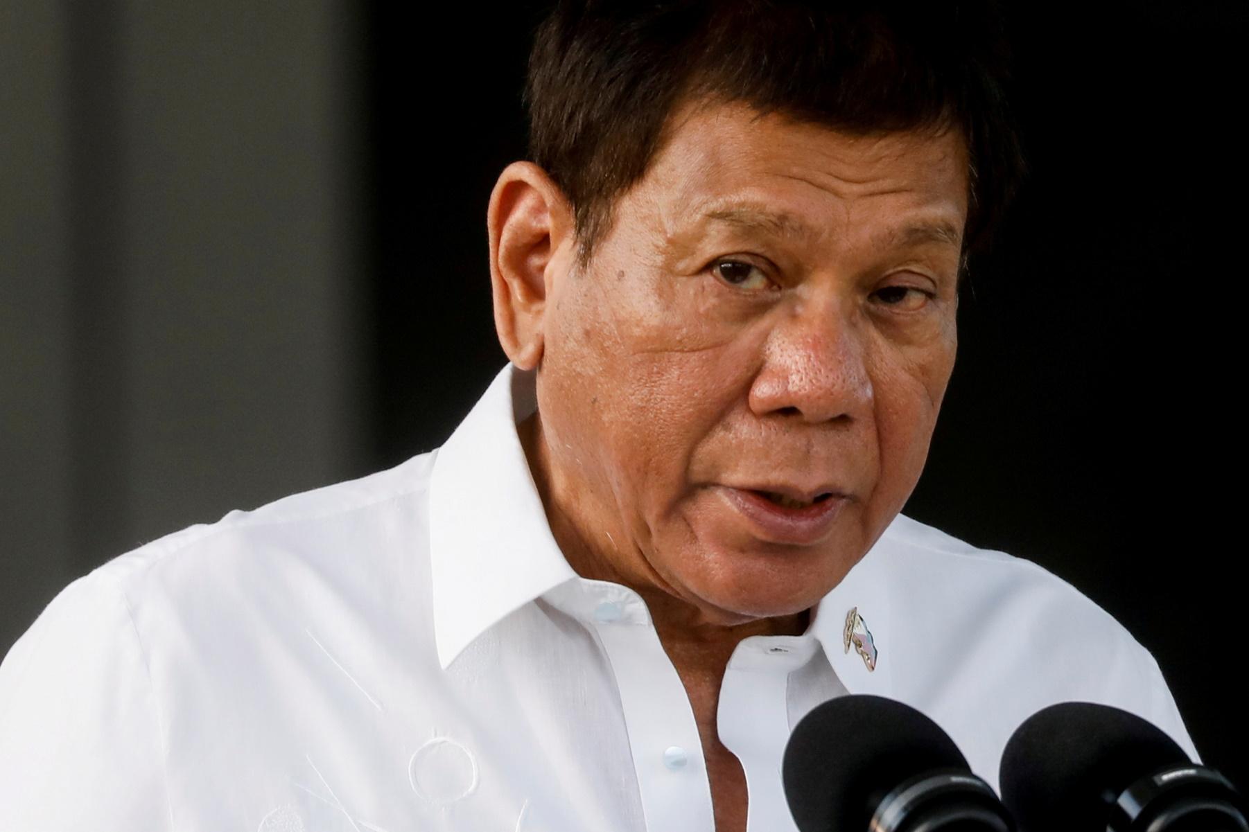 Φιλιππίνες: Ο Ντουτέρτε απειλεί τους αρνητές του εμβολίου με φυλάκιση και φάρμακα για ζώα