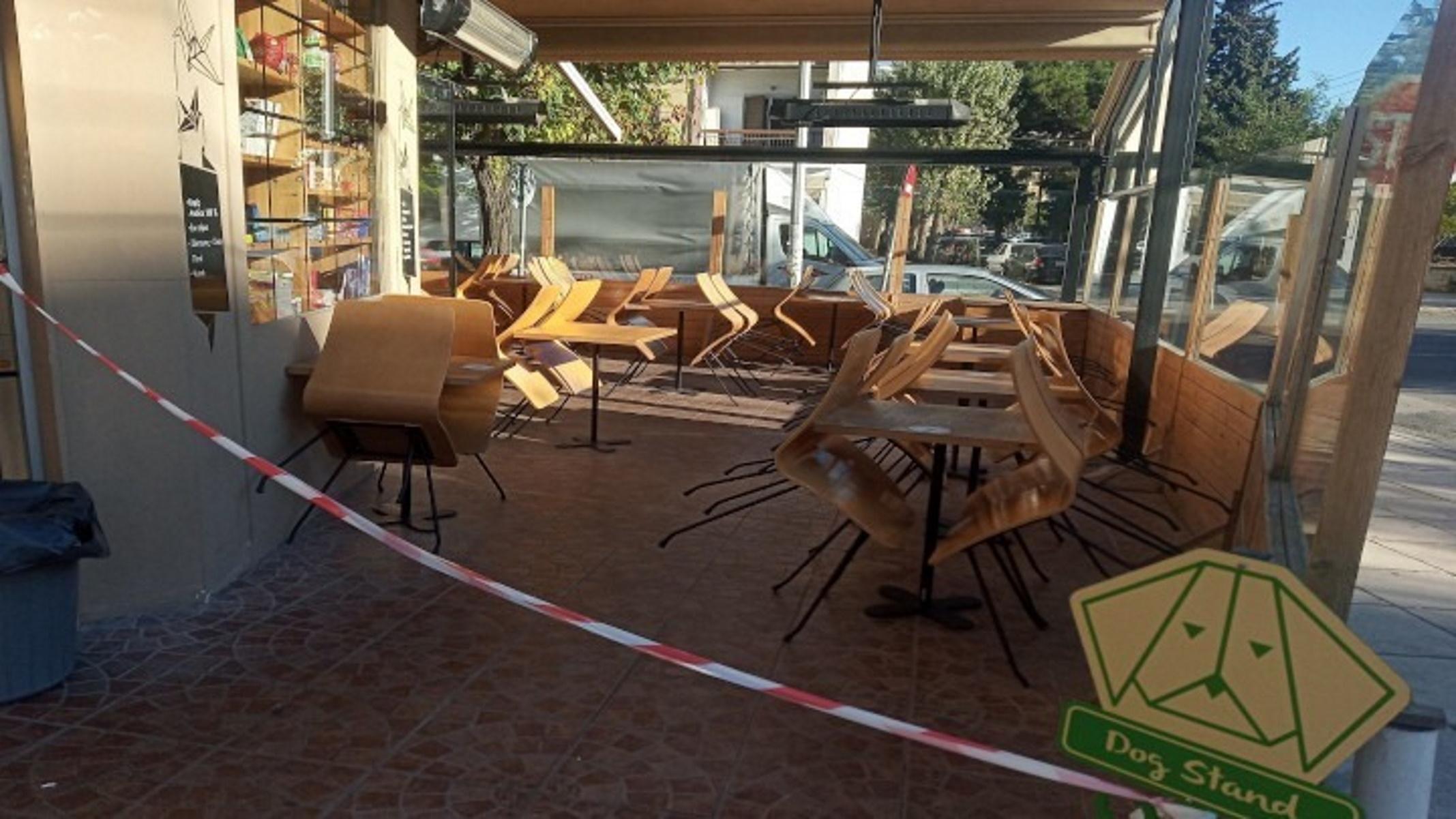 Θεσσαλονίκη: «Λυπητερές» 5.000 ευρώ σε ταβέρνα και καφέ μπαρ – «Ξηλώθηκαν» και οι πελάτες