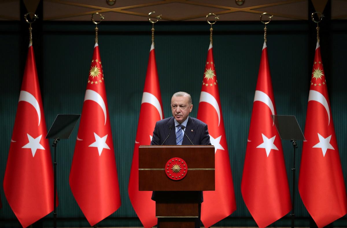 """Επιμένει ο Ερντογάν στο Κυπριακό: Θέλει διαπραγματεύσεις """"μεταξύ δύο κρατών""""!"""