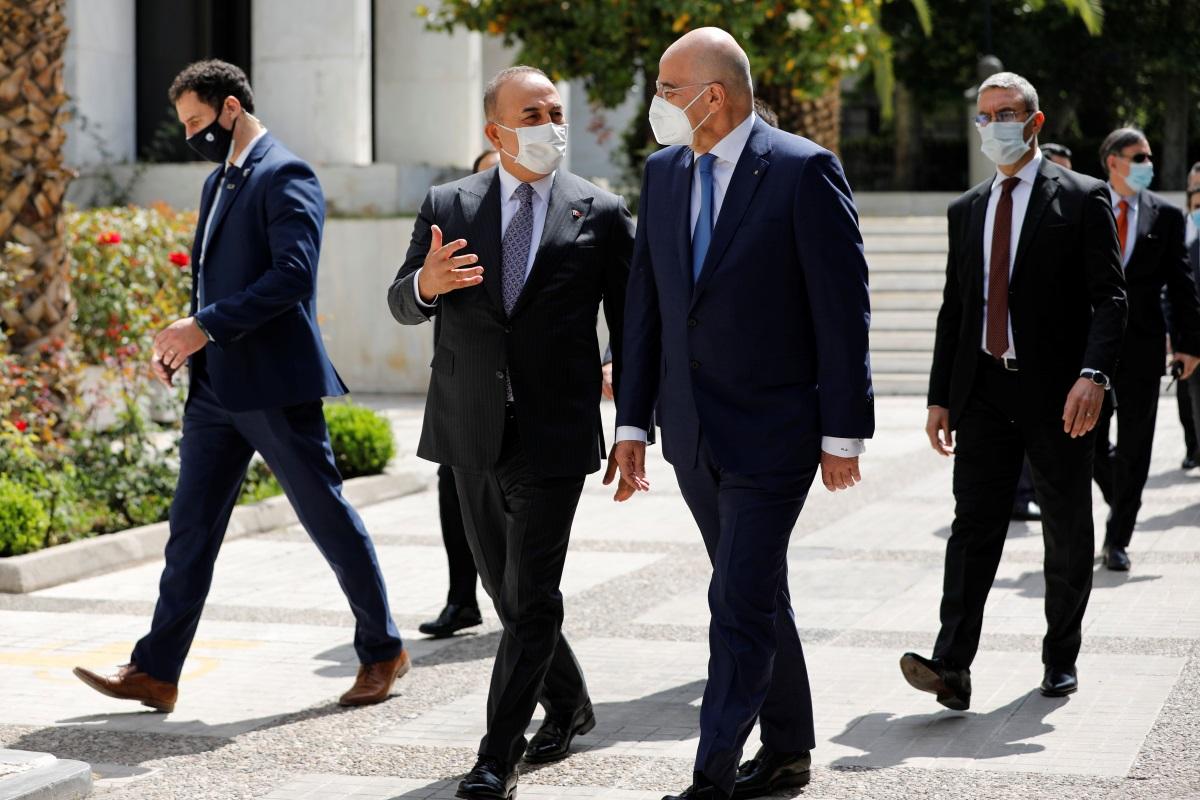 Διπλωματικές πηγές για συνάντηση Δένδια – Τσαβούσογλου: Τέθηκαν επί τάπητος casus belli, παραβιάσεις, μεταναστευτικό και Κυπριακό