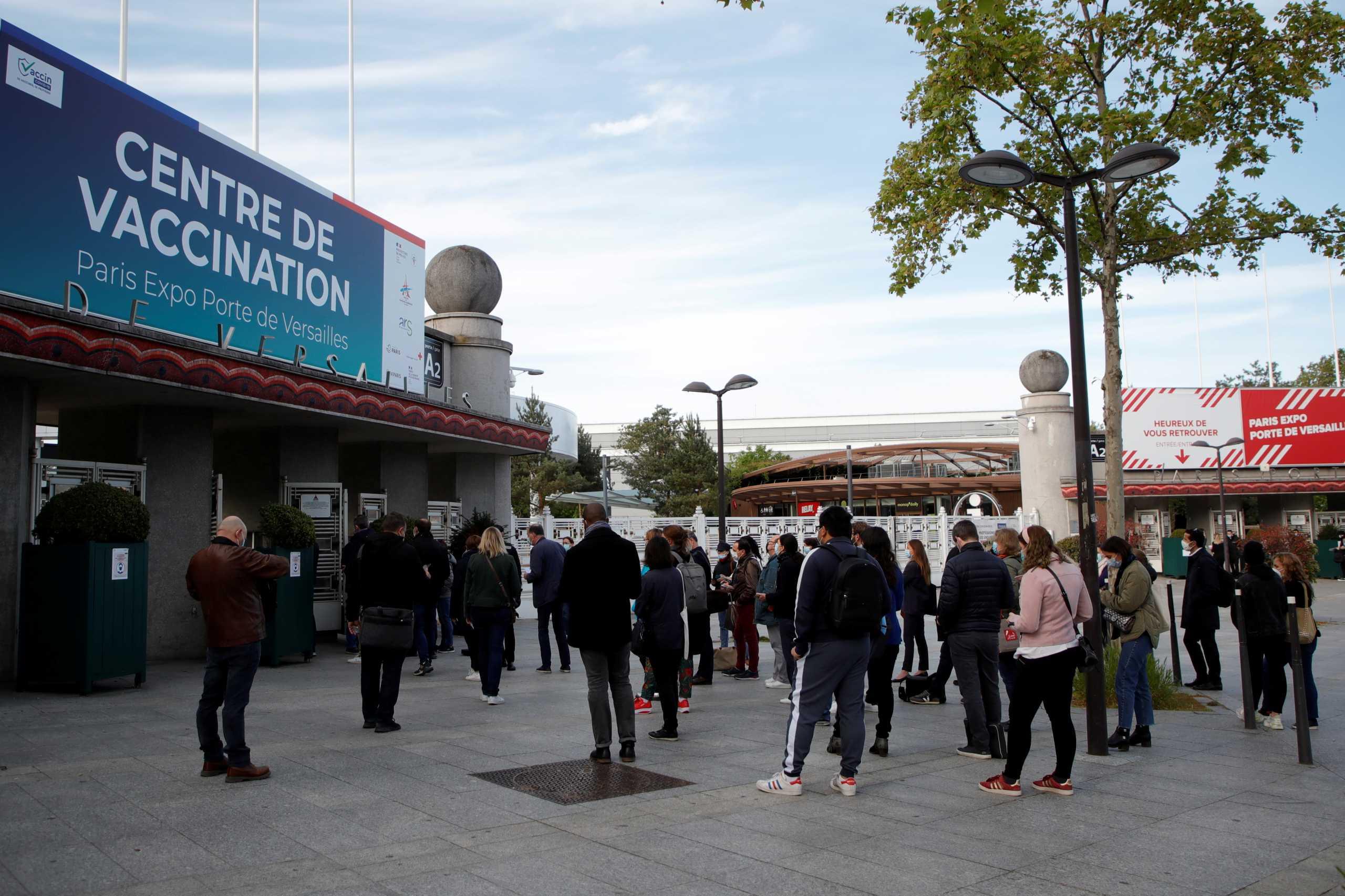 Κορονοϊός – Γαλλία: 20 εκατομμύρια πολίτες έχουν κάνει την πρώτη δόση εμβολίου