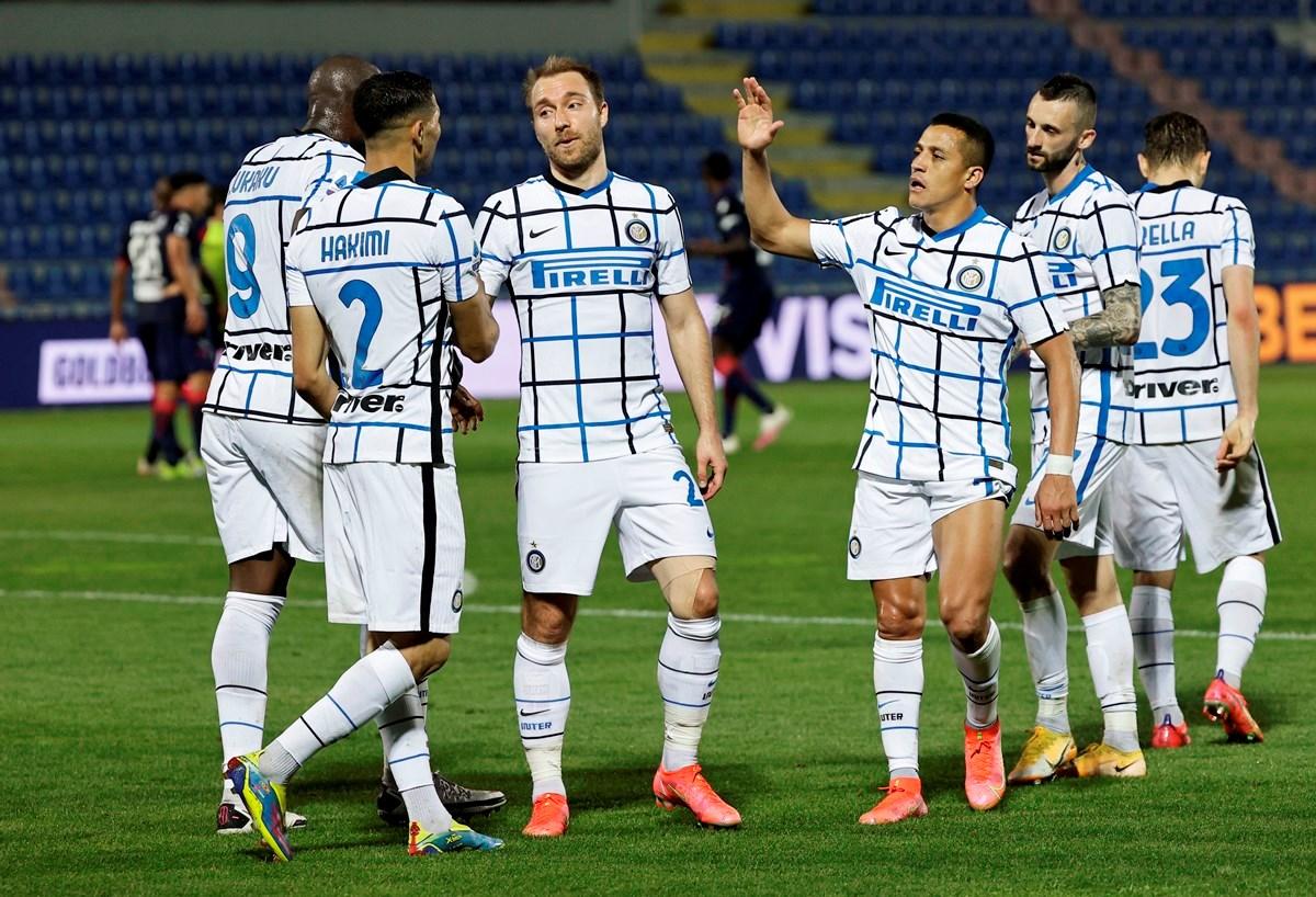 Η Ίντερ ετοιμάζεται να σηκώσει τον τίτλο στη Serie A