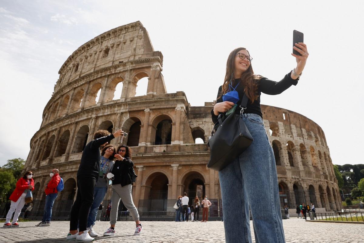 Ιταλία: Βάζει «γκάζια» ο Ντράγκι για την προσέλκυση τουριστών