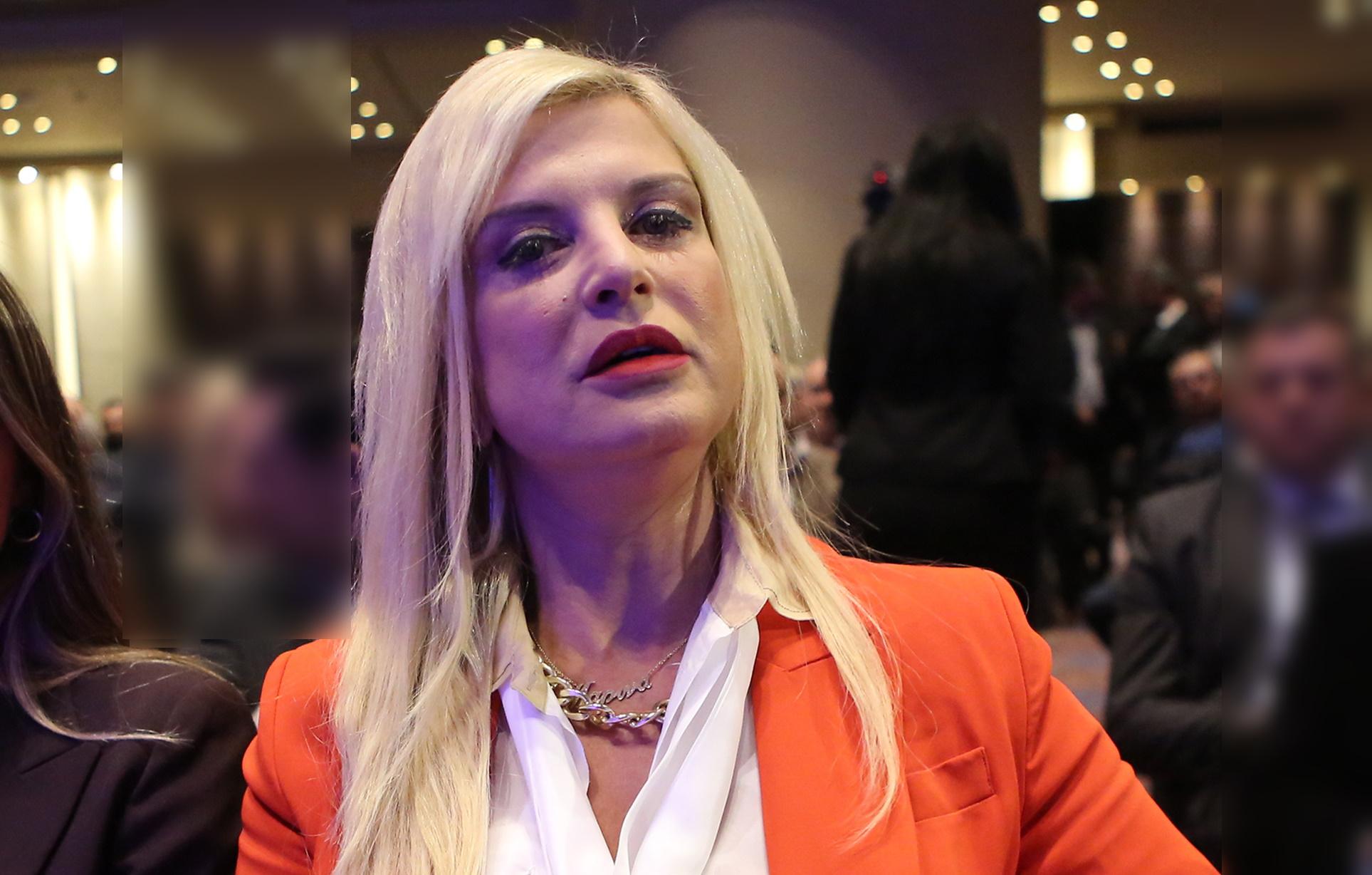 Μαρίνα Πατούλη: Βγήκε από το νοσοκομείο αλλά συνεχίζει τη μάχη με τον κορονοϊό