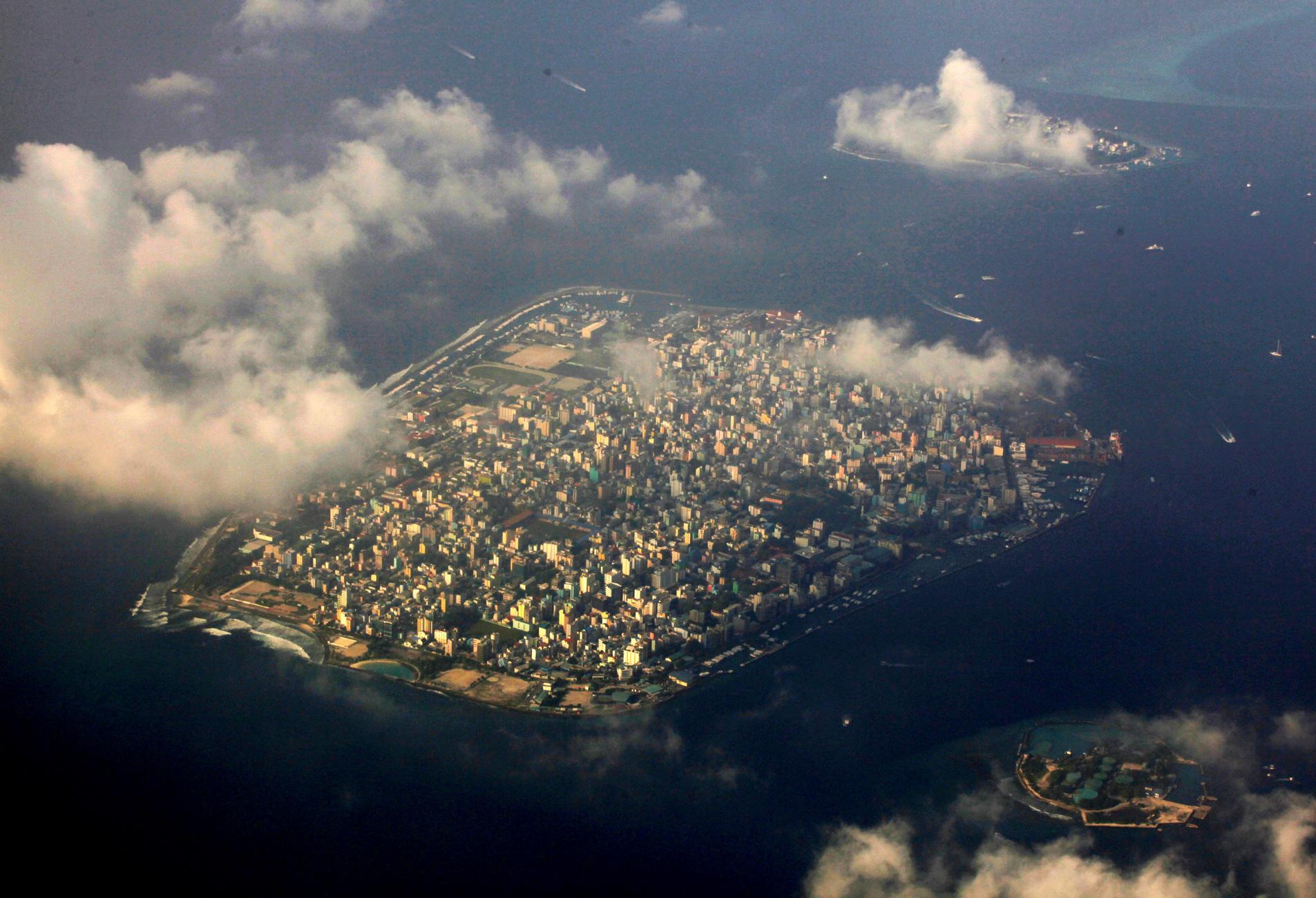 Μαλδίβες: Πωλητήριο σε 16 ακατοίκητα νησιά