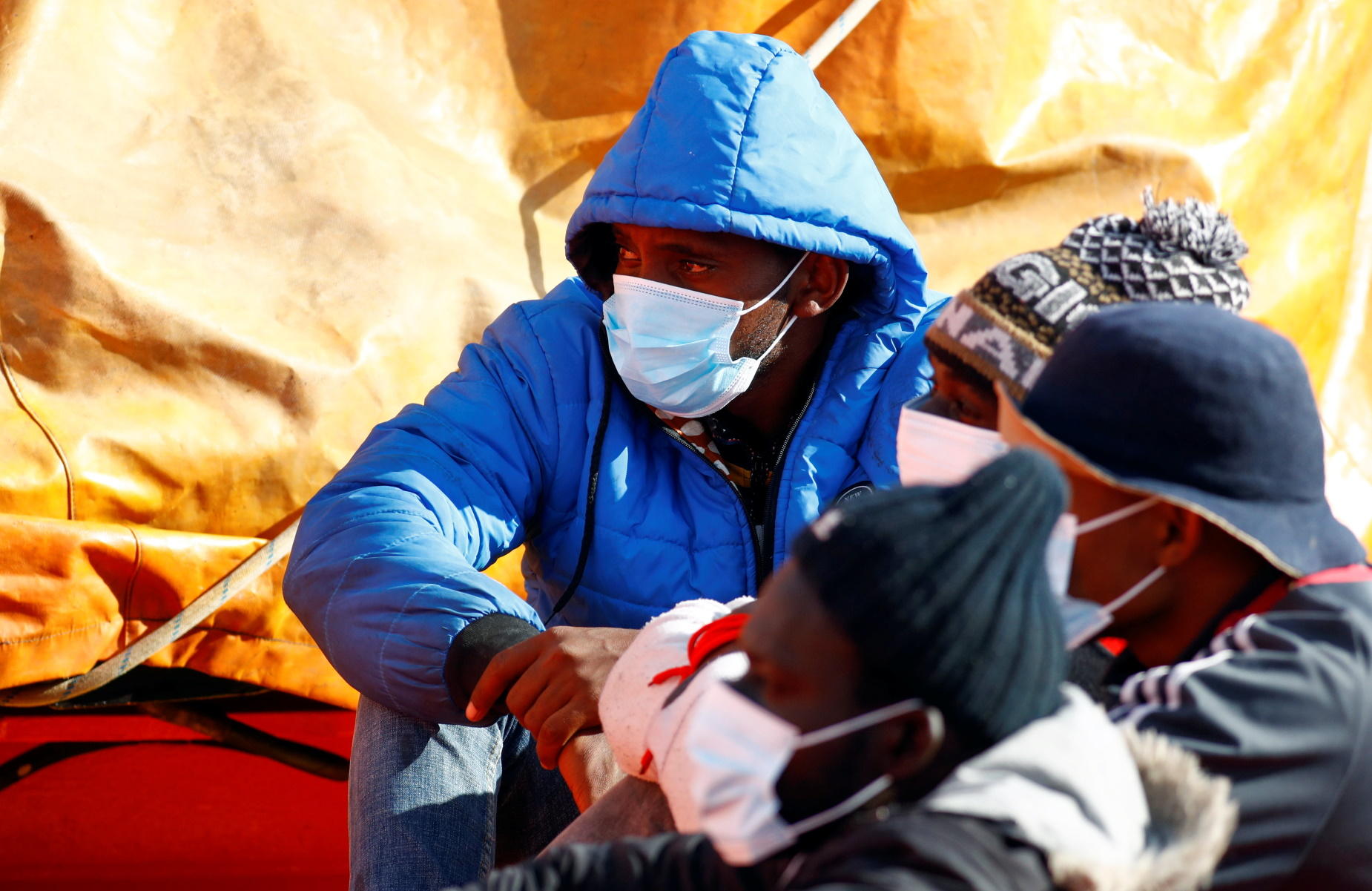 Μεσόγειος: Περισσότεροι από 600 μετανάστες διασώθηκαν ανοικτά της Λιβύης