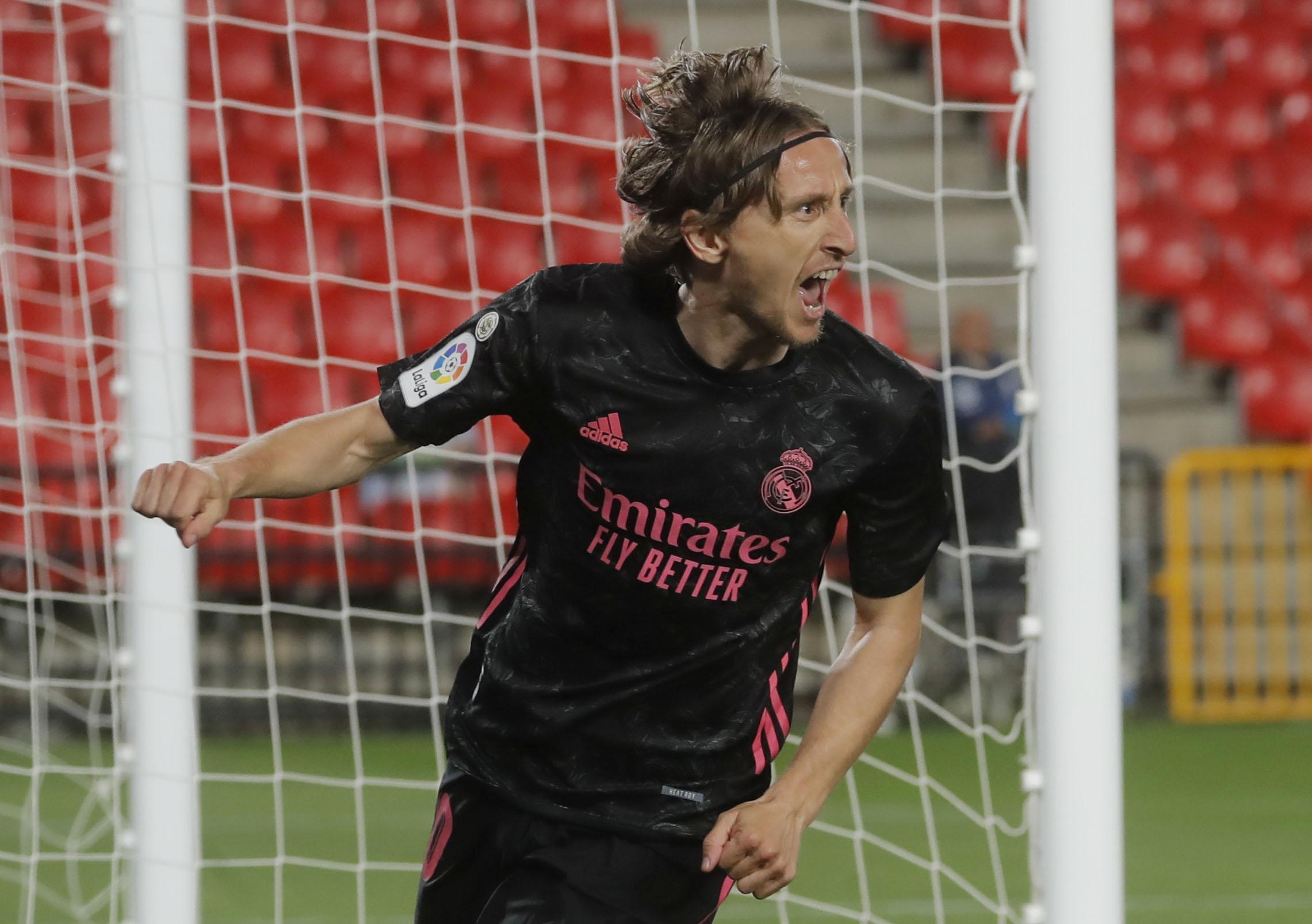 Ο Μόντριτς ανανέωσε με την Ρεάλ Μαδρίτης