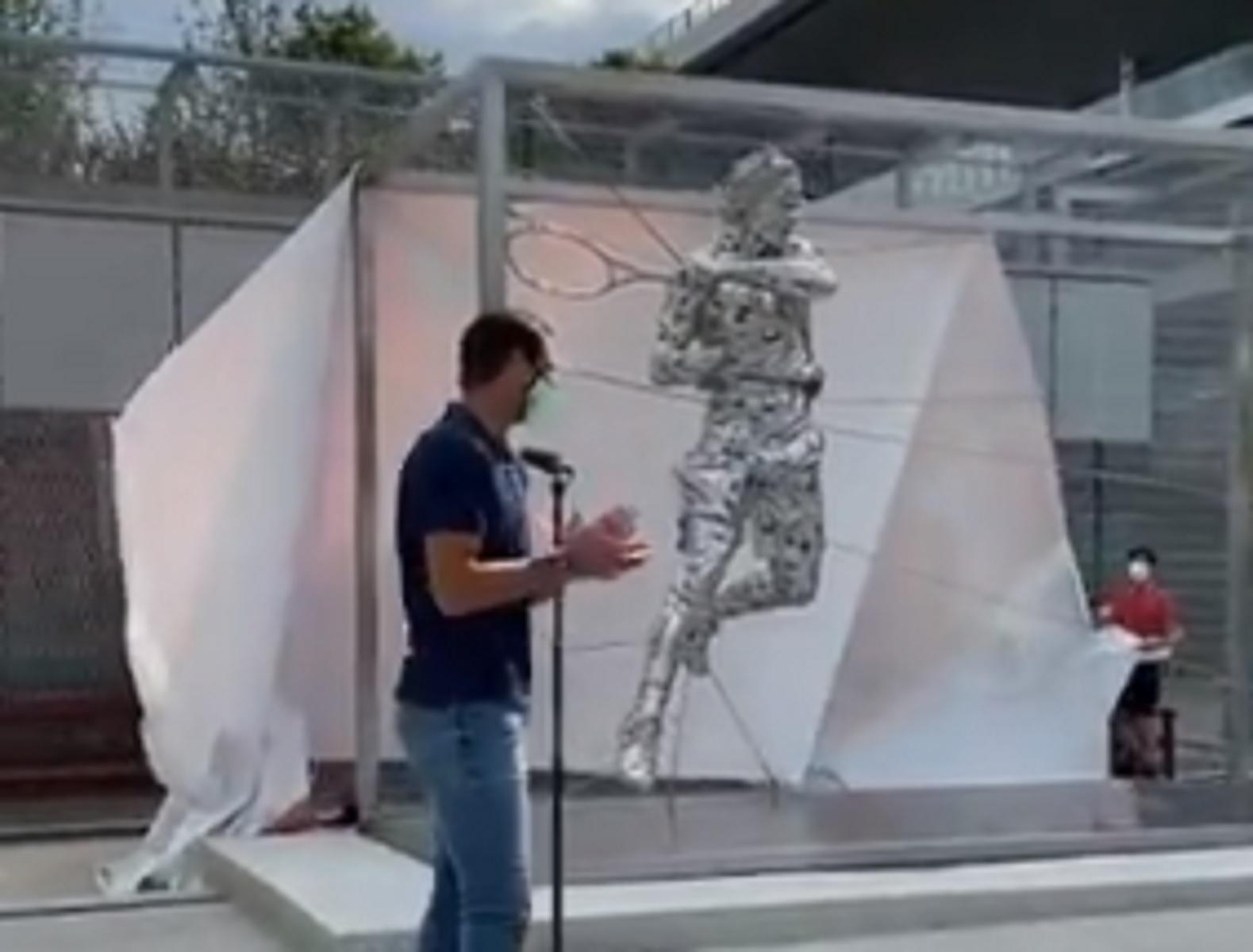 Roland Garros: Ο Ράφα Ναδάλ έγινε άγαλμα στο Παρίσι