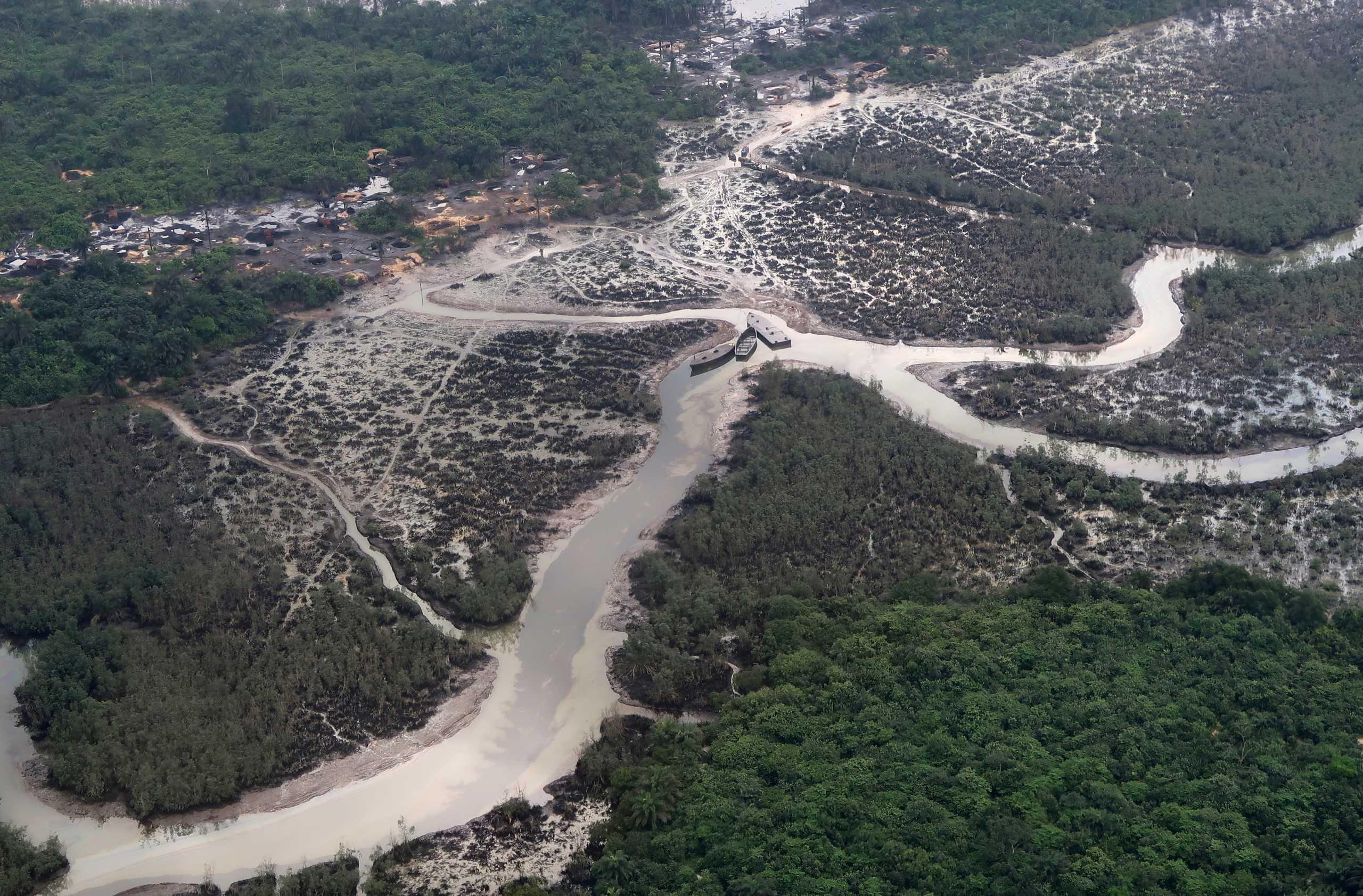 Περισσότεροι από 150 άνθρωποι υπολογίζεται ότι πνίγηκαν μετά τη βύθιση πλοιαρίου στον ποταμό Νίγηρα