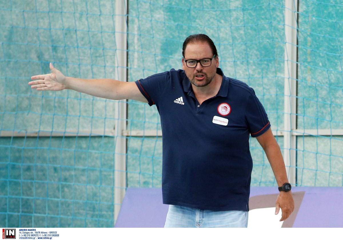 Παυλίδης: «Μόνο στα όνειρα αυτό που πέτυχε ο Ολυμπιακός»