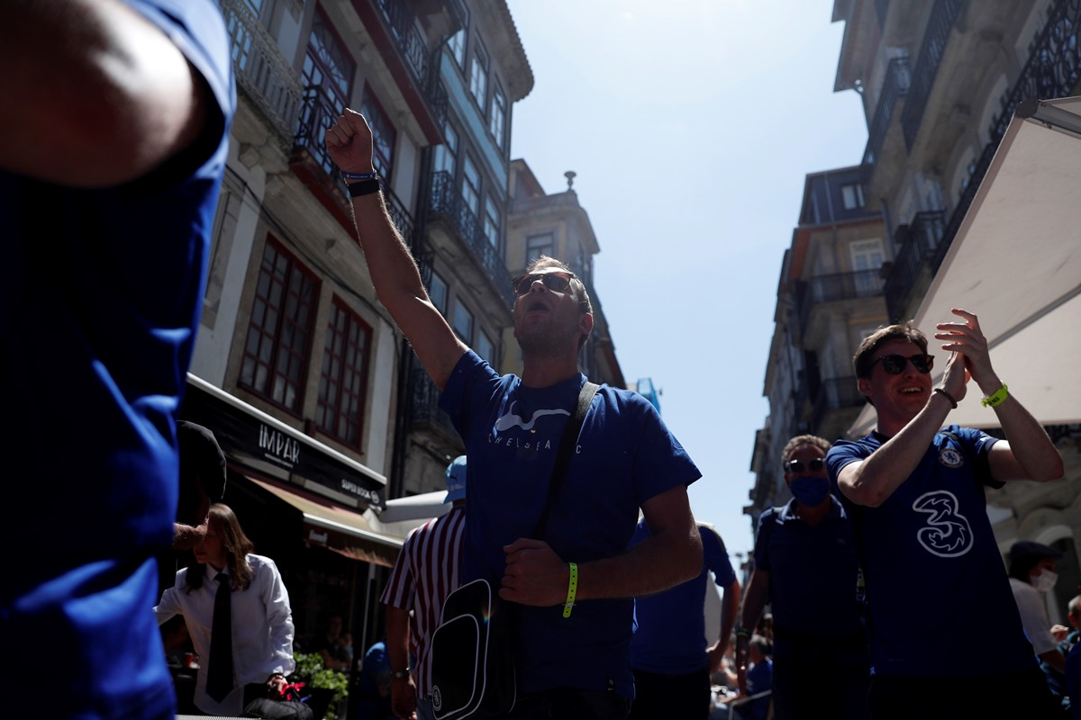 Τελικός Champions League: Πορεία με βόδια και άλογα πριν το Σίτι – Τσέλσι