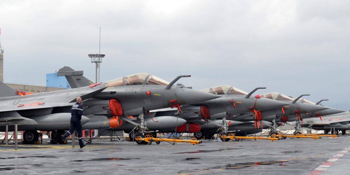 Rafale: Οι γαλλικές «ριπές ανέμου» νίκησαν τα Su-35 με την… βοήθεια των ΗΠΑ;