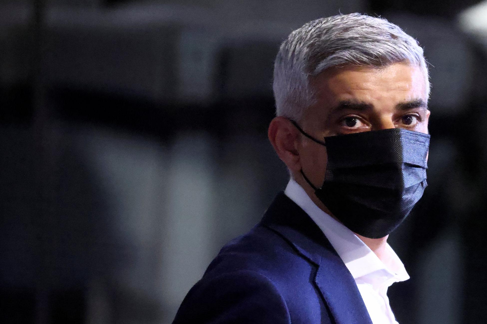 Λονδίνο: Ο Σαντίκ Καν επανεκλέχθηκε δήμαρχος